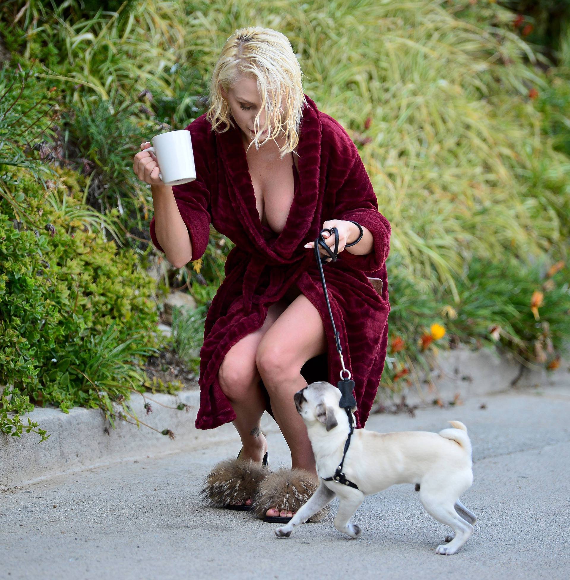 Courtney Stodden Sexy Boobs In Risque Robe Out In Los Angeles 0001