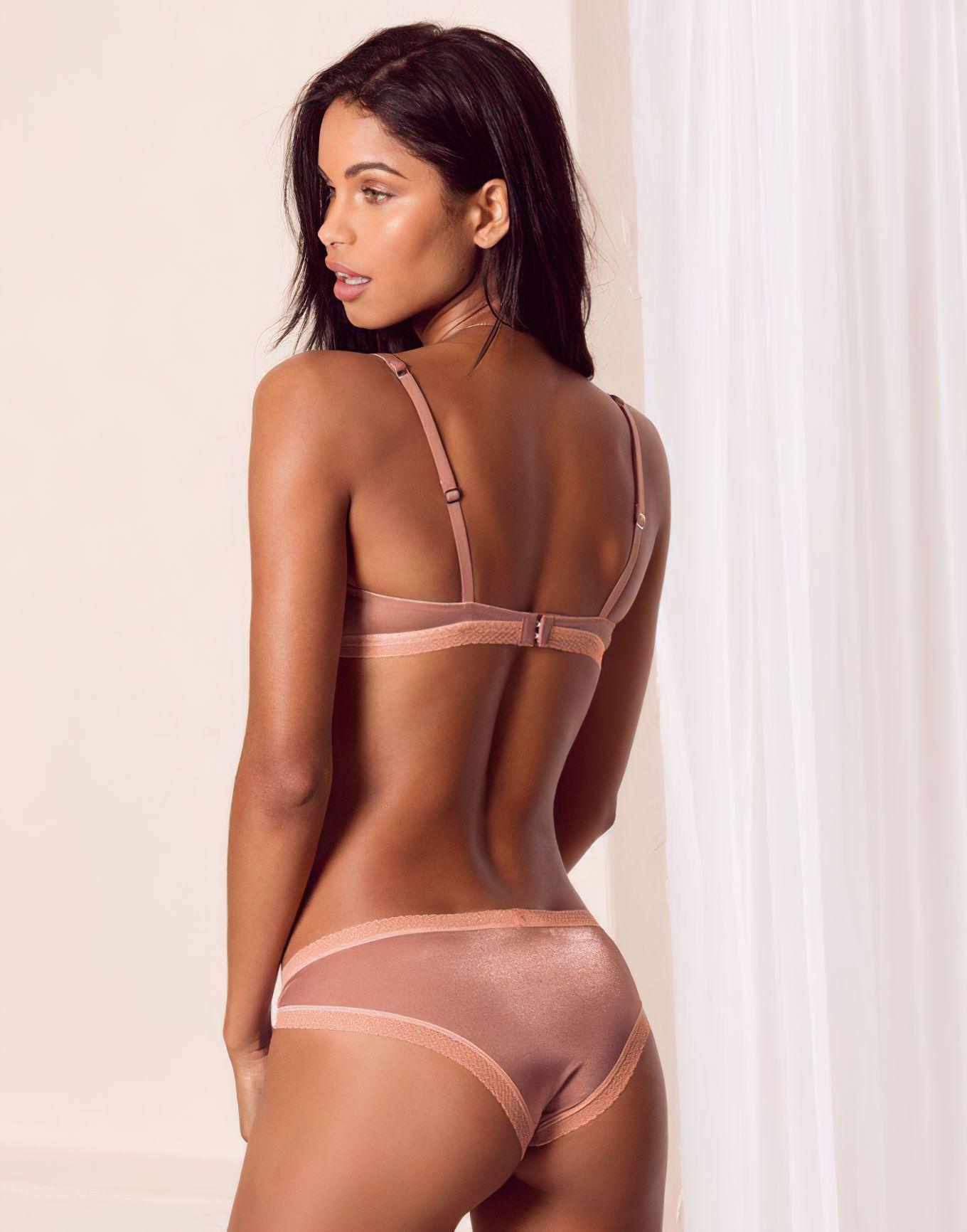 Daiane Sodre Sexy – Adore Me 0015