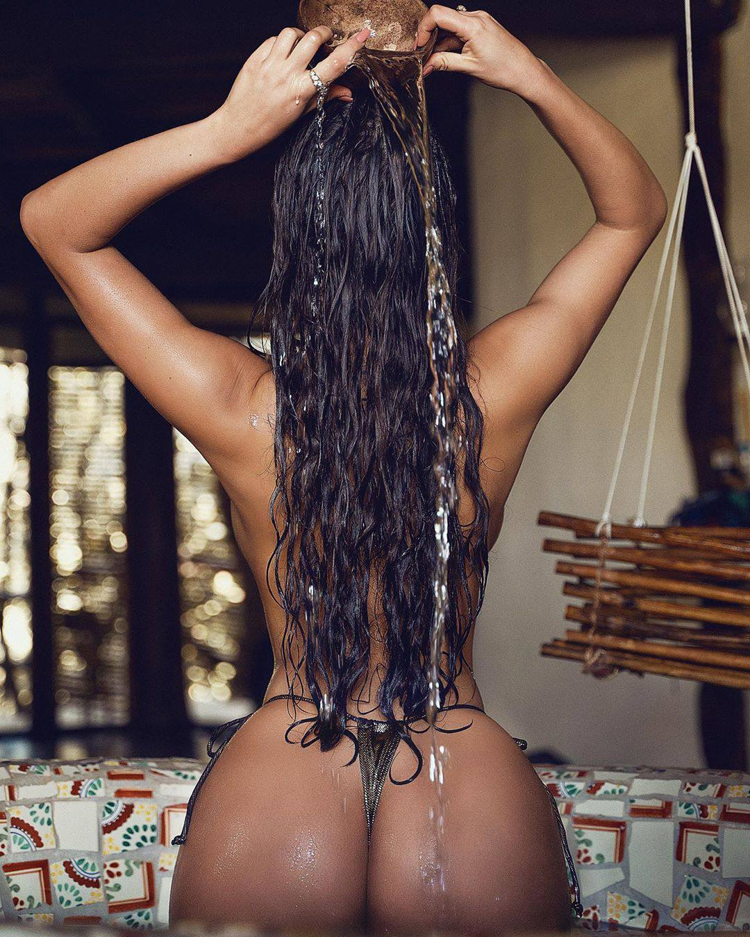 Demi Rose Mawby Magnificent Curvy Body In Sexy Topless Photoshoot 0004