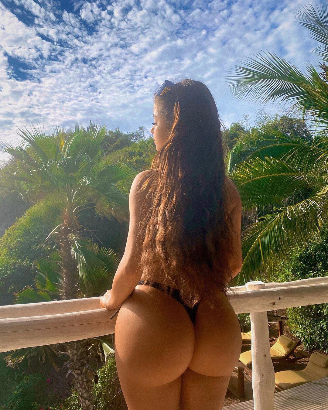 Demi Rose Nude & Sexy 0020
