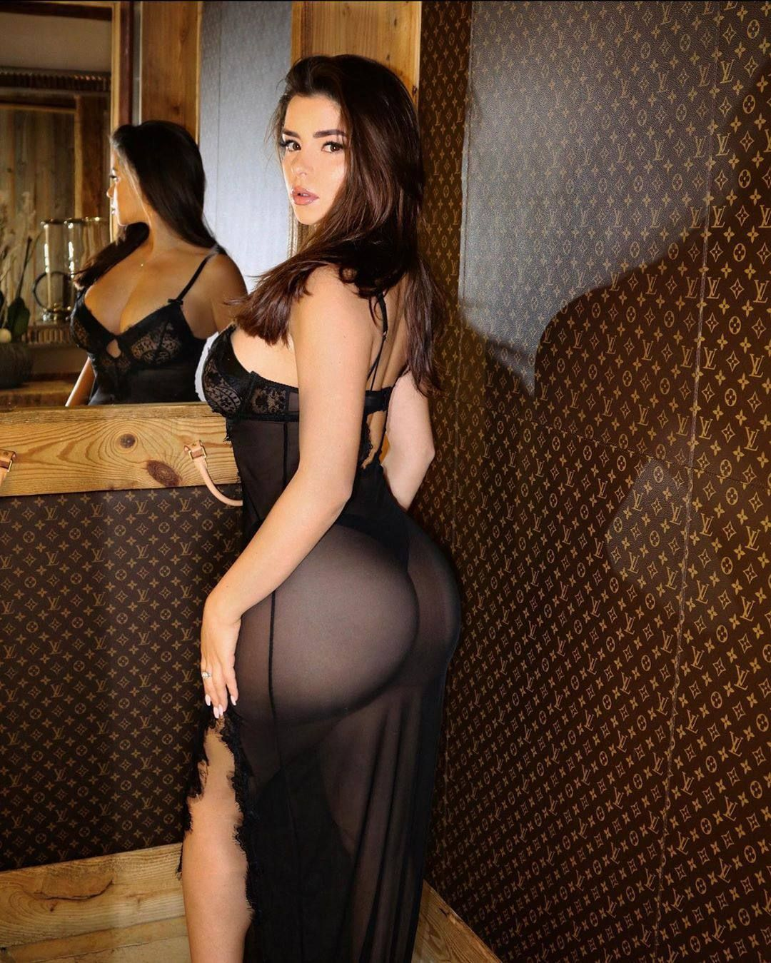 Demi Rose Nude & Sexy 0035