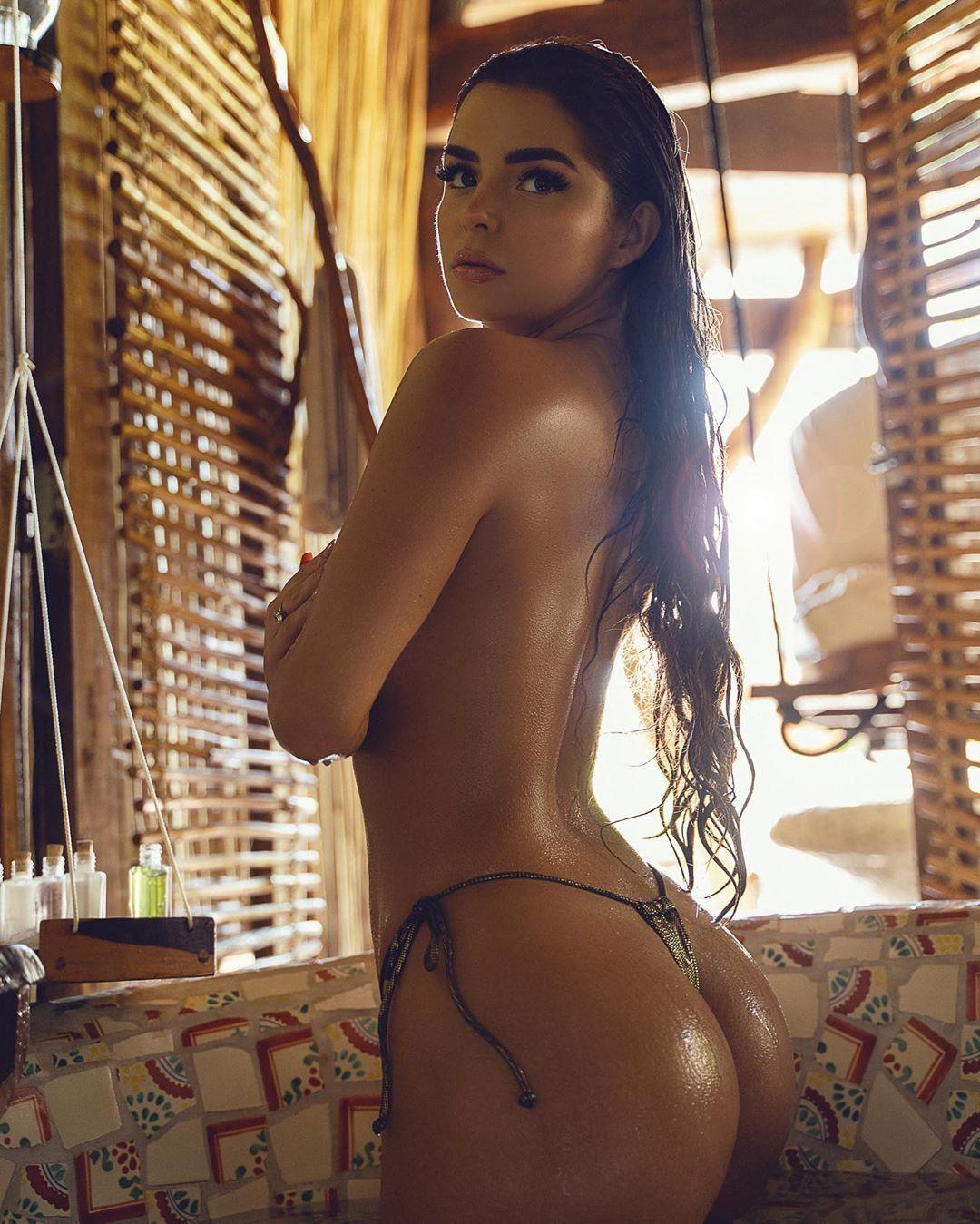 Demi Rose Nude & Sexy 0050