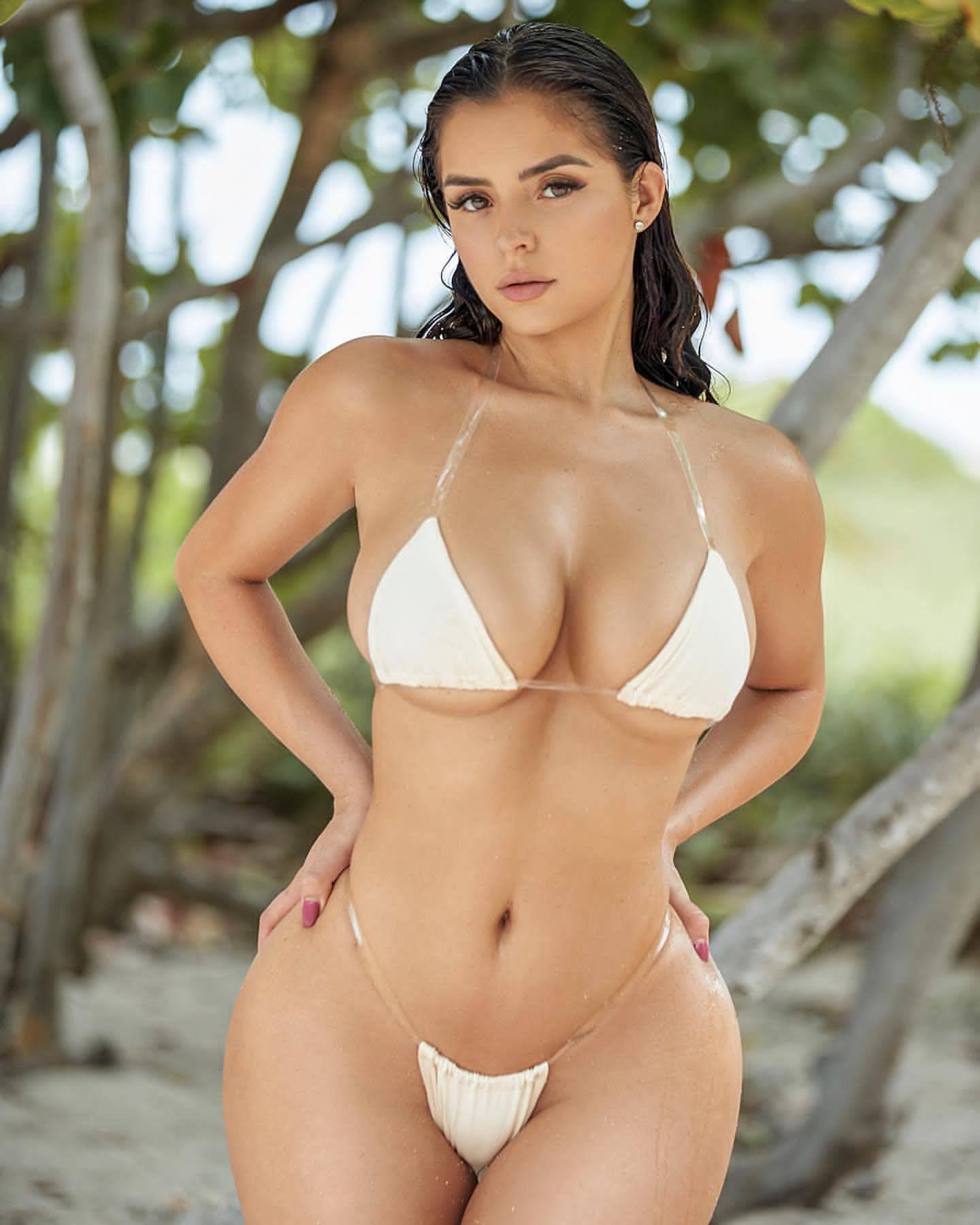 Demi Rose Nude & Sexy 0078