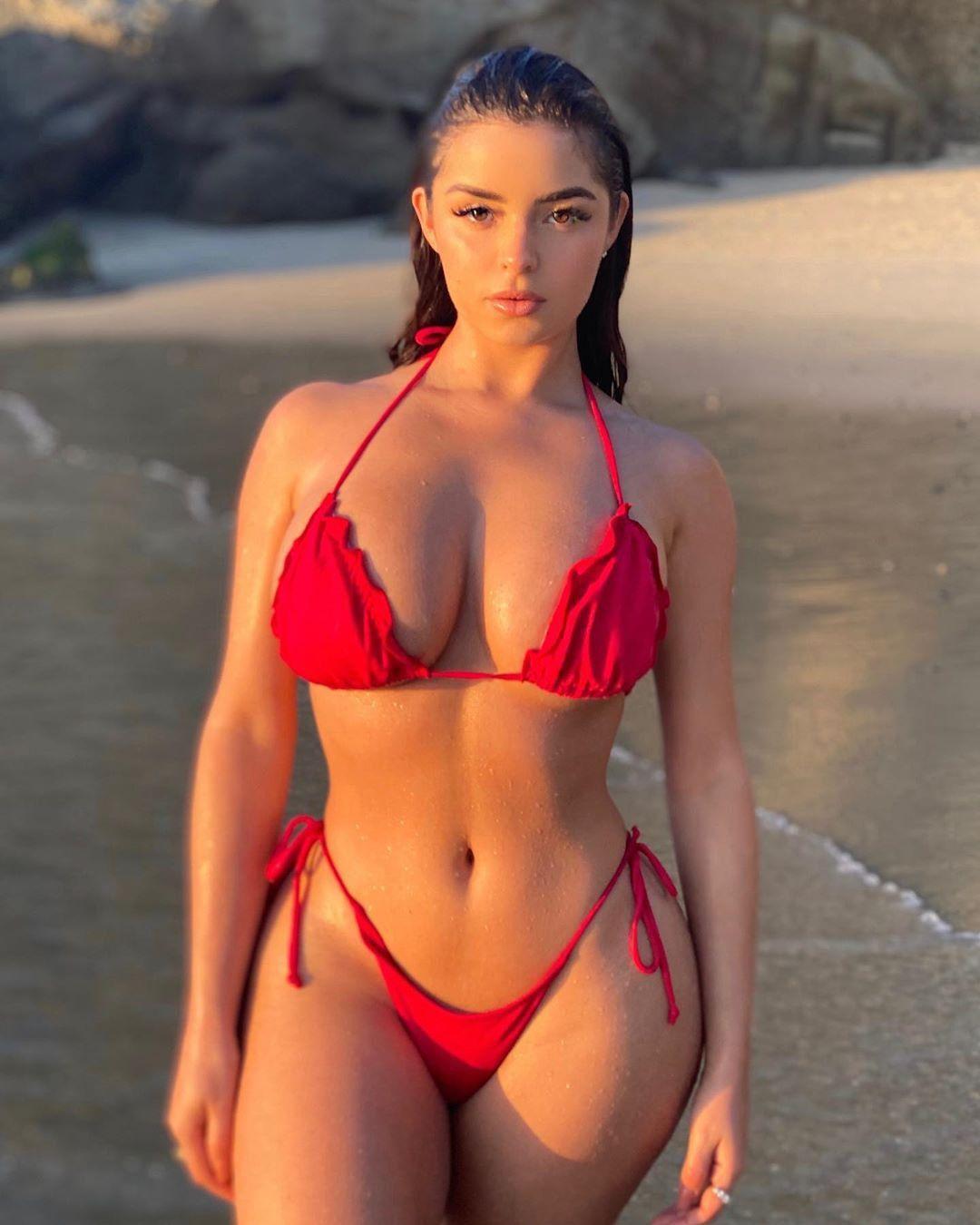 Demi Rose Nude & Sexy 0090
