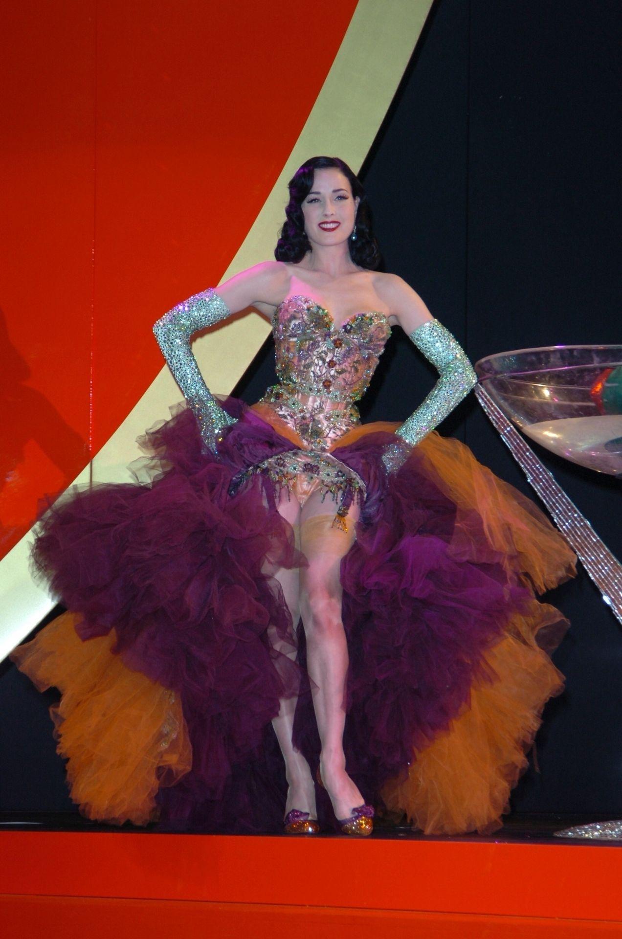 Dita Von Teese Performs At Erotica 06 In London 0007