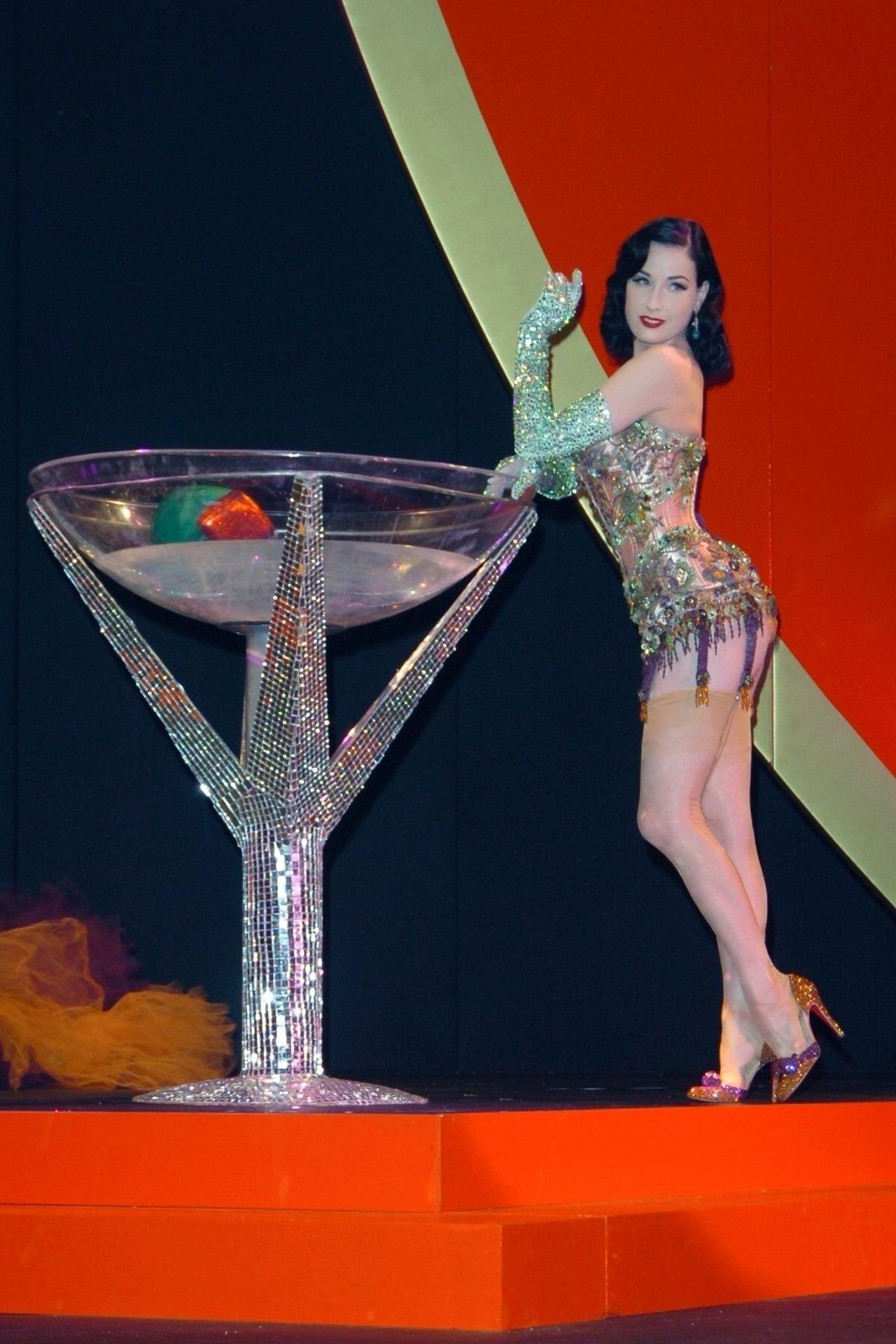 Dita Von Teese Performs At Erotica 06 In London 0014