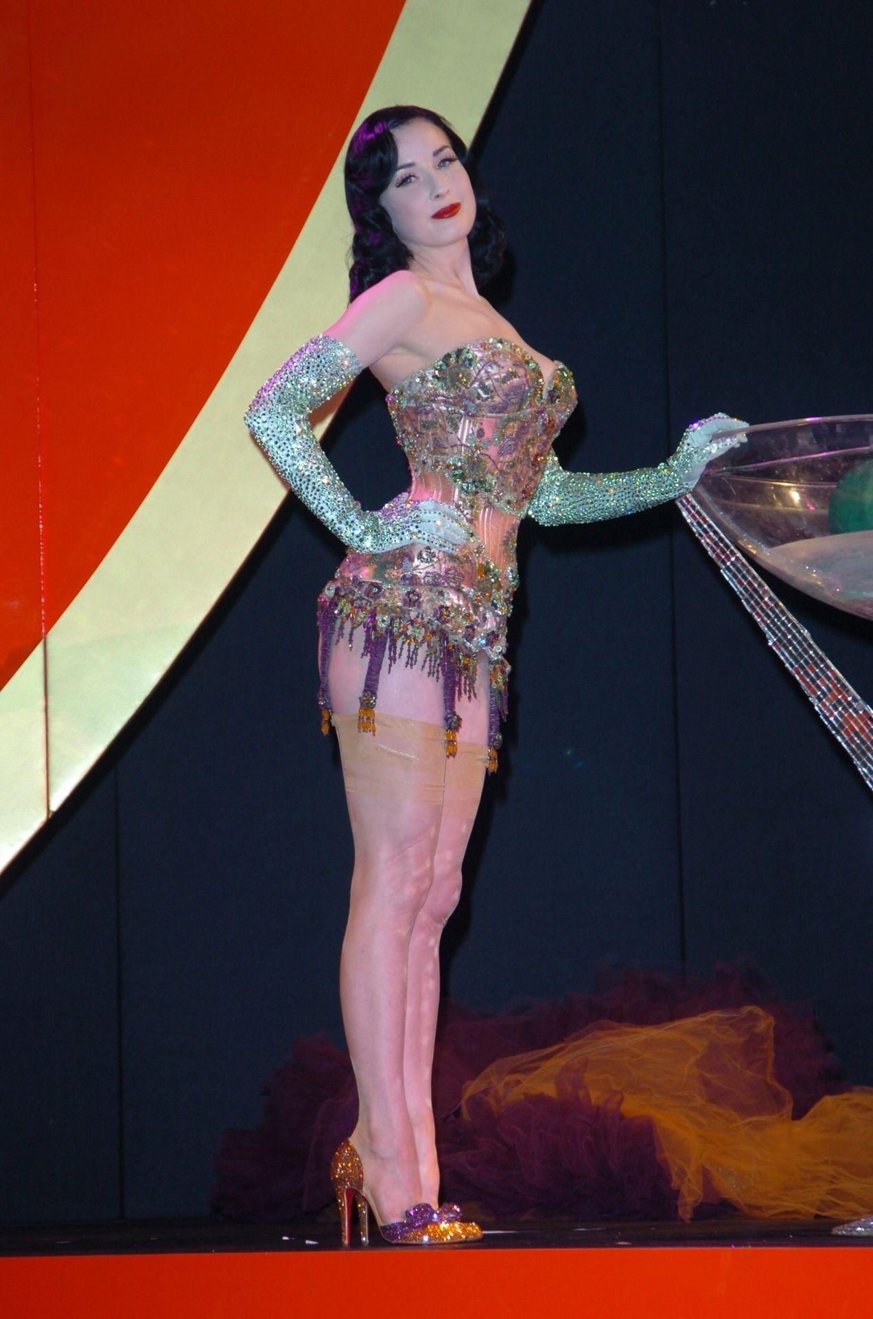 Dita Von Teese Performs At Erotica 06 In London 0018