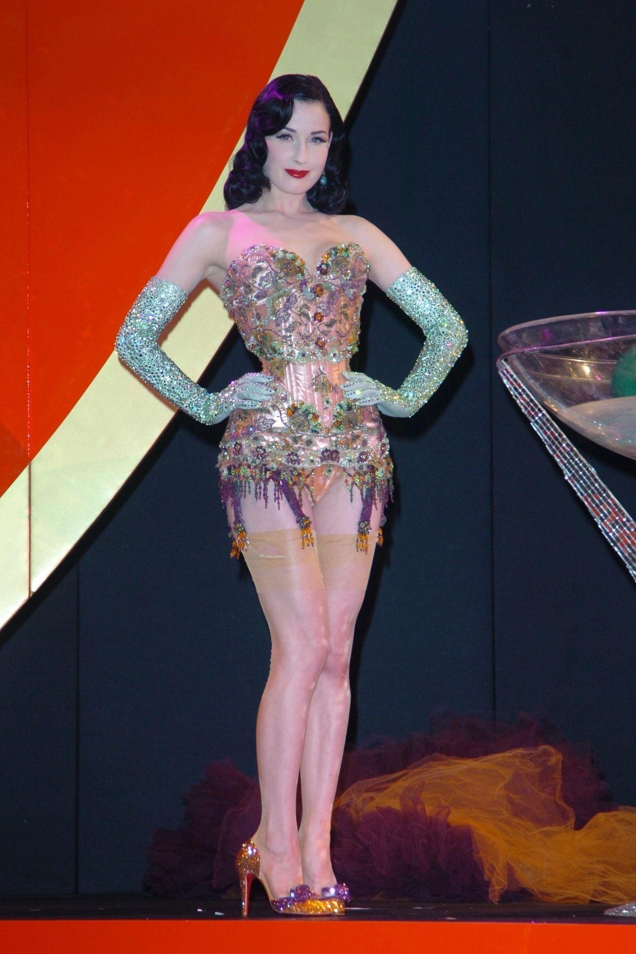 Dita Von Teese Performs At Erotica 06 In London 0019
