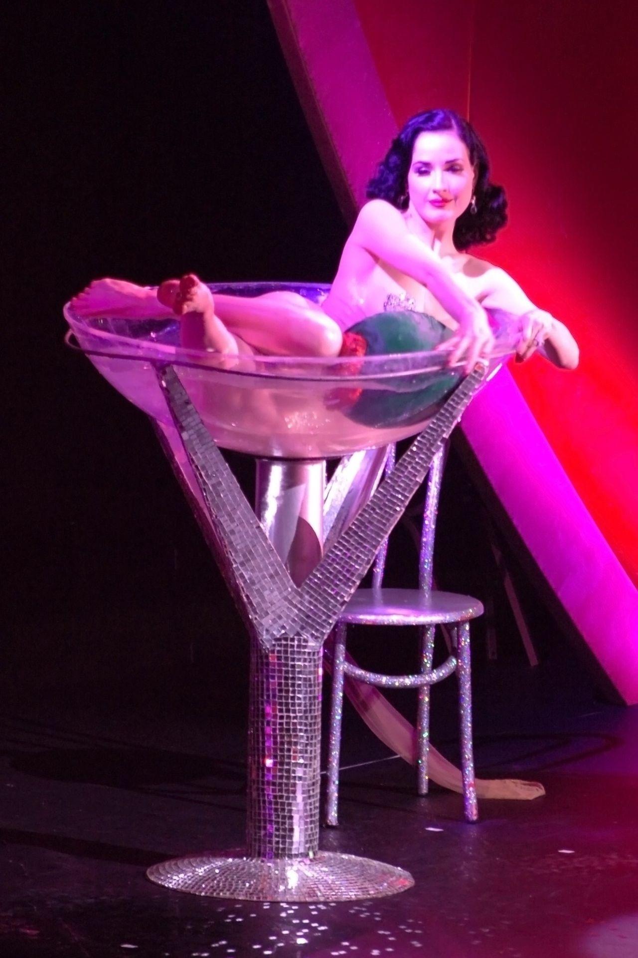 Dita Von Teese Performs At Erotica 06 In London 0024