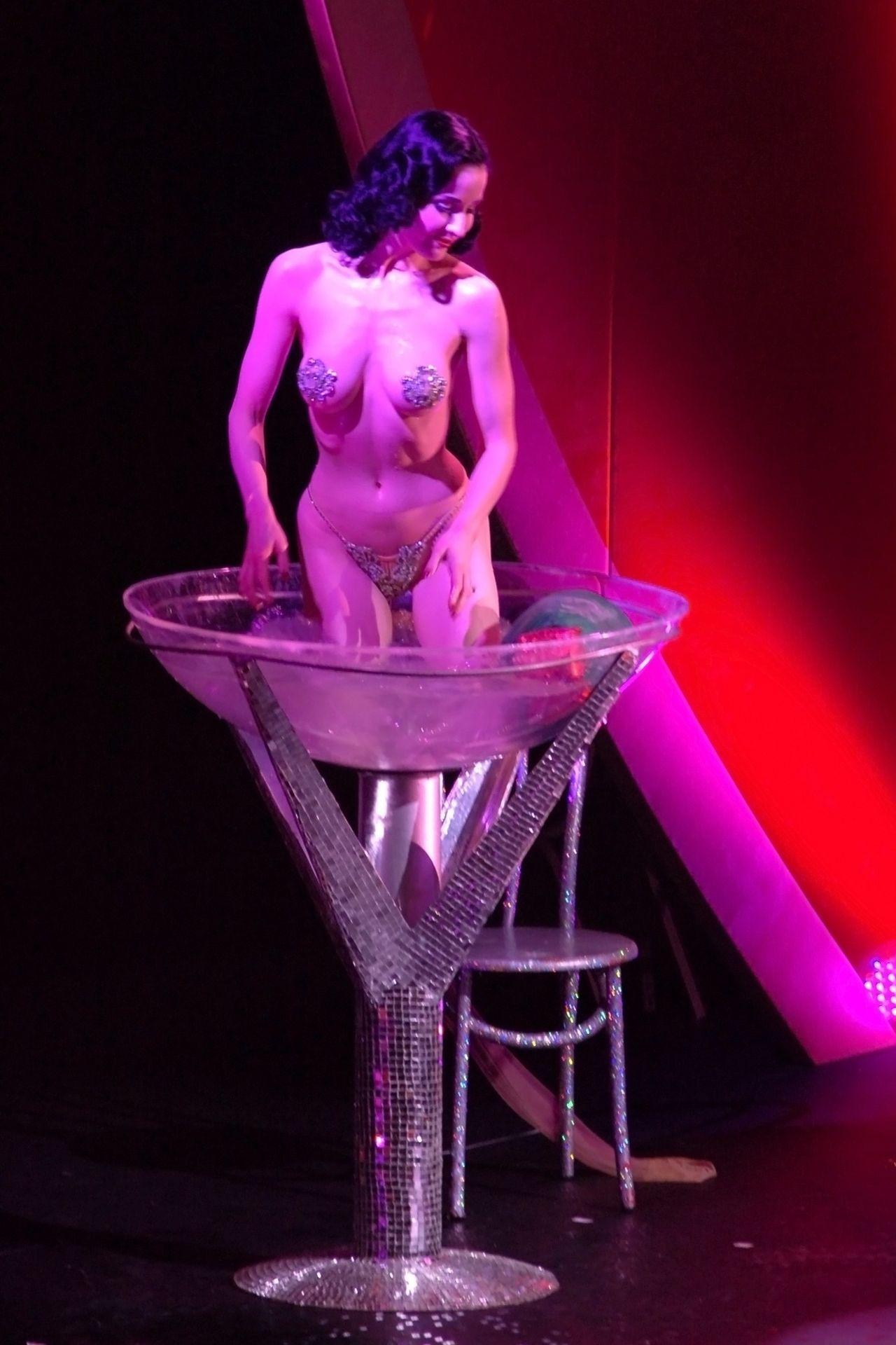 Dita Von Teese Performs At Erotica 06 In London 0031