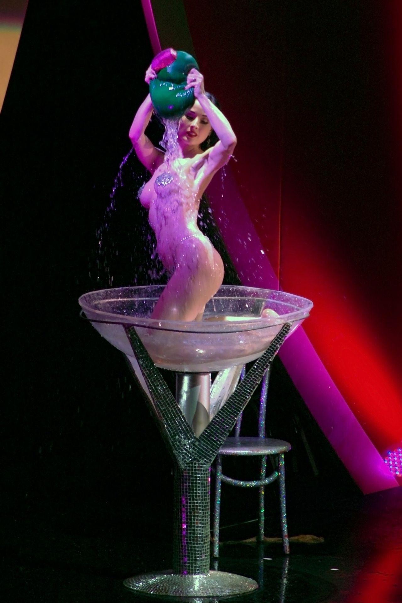 Dita Von Teese Performs At Erotica 06 In London 0041