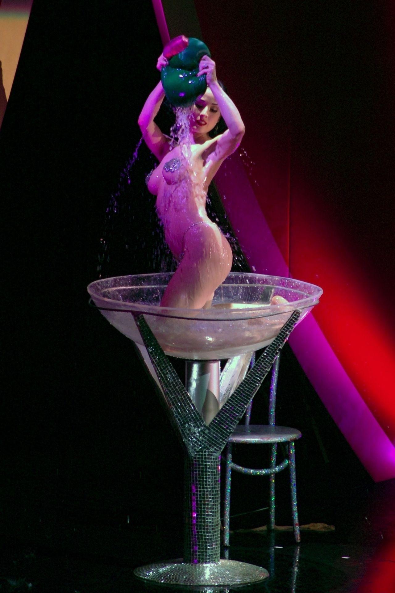 Dita Von Teese Performs At Erotica 06 In London 0042