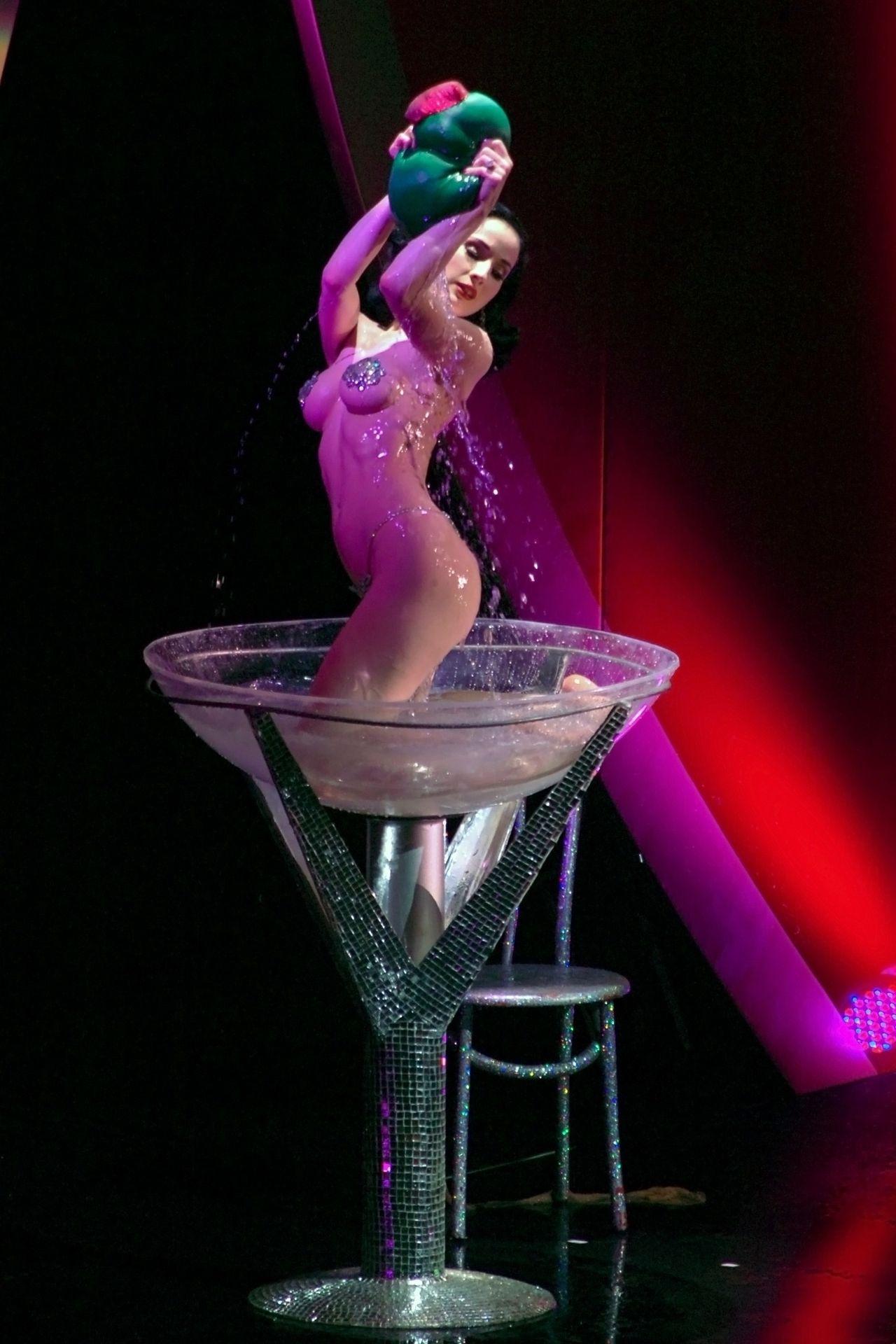 Dita Von Teese Performs At Erotica 06 In London 0043