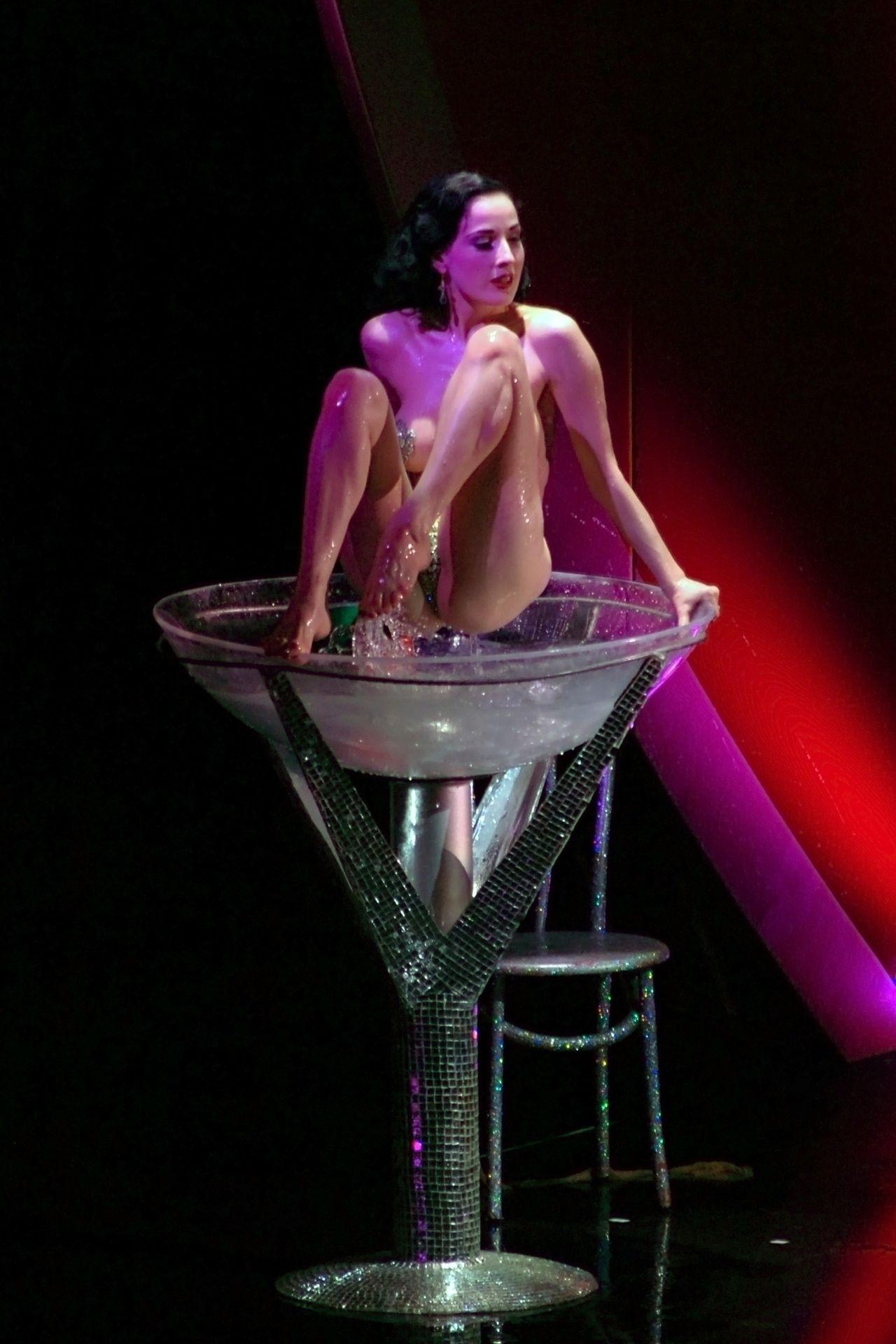 Dita Von Teese Performs At Erotica 06 In London 0048