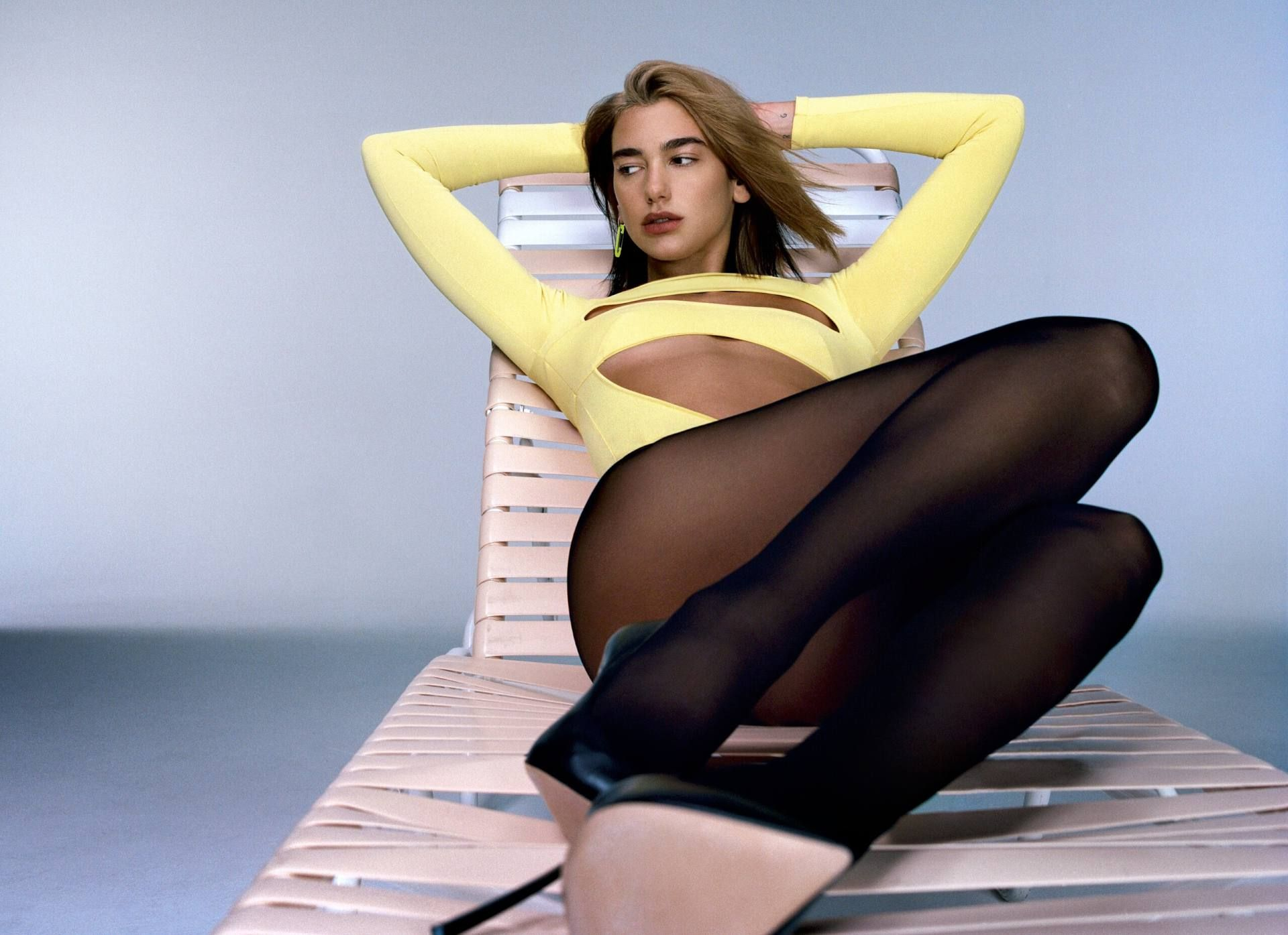 Dua Lipa See Through & Sexy – Future Nostalgia 0014