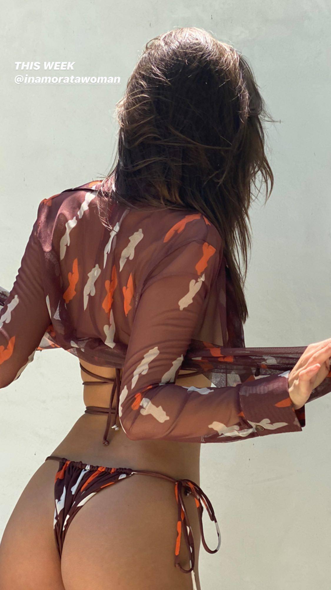 Emily Ratajkowski – Beautiful Ass And Braless Boobs In Sexy Inamorata Photoshoot 0003