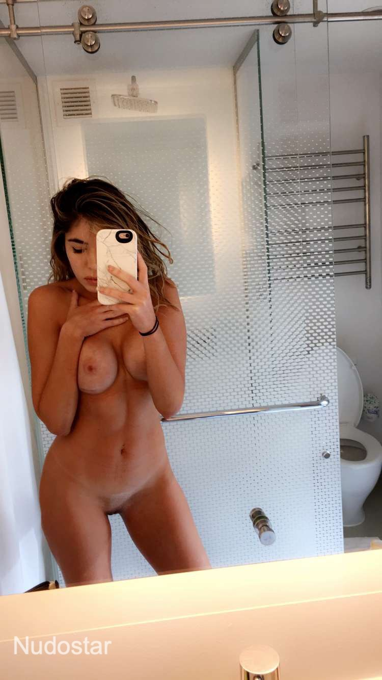 Emmy Elliott Onlyfans Nude Photos Leaks 0013