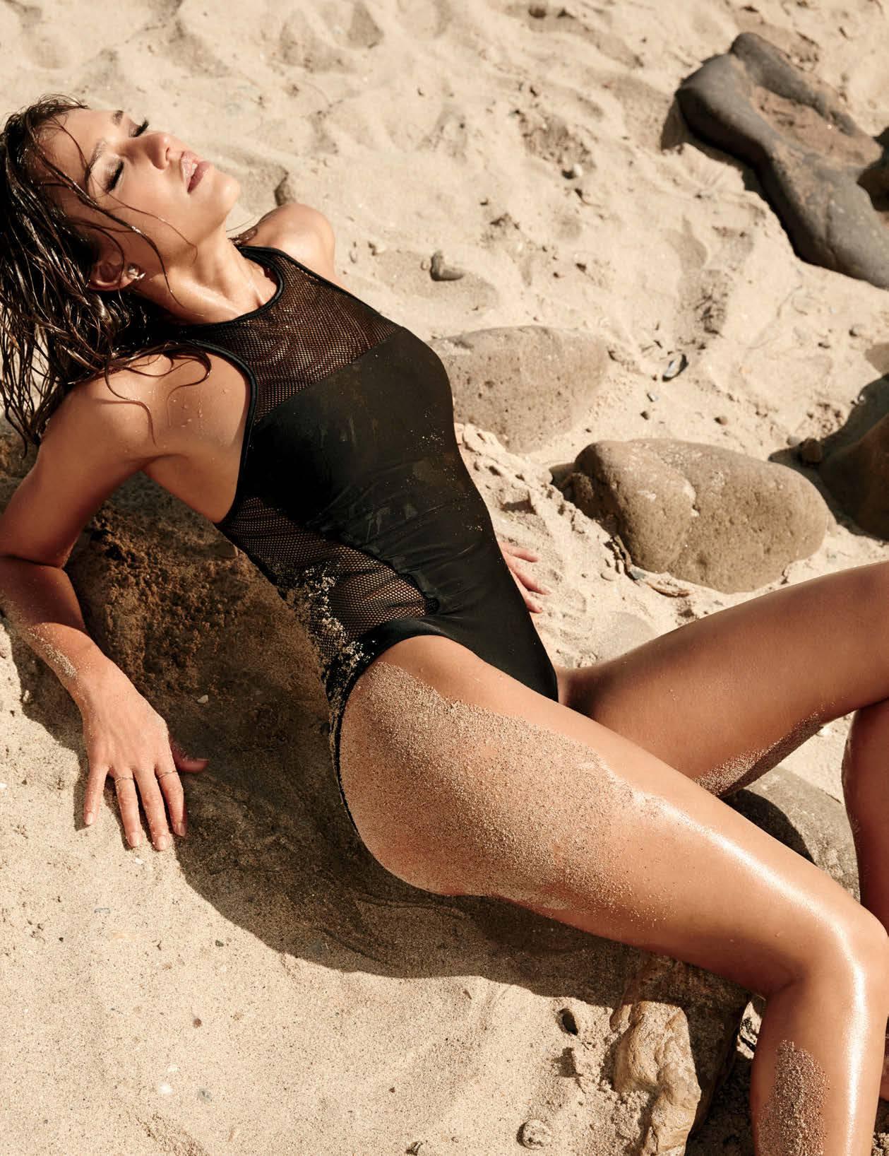 Jessica Alba – Beautiful Body In Sexy Photoshoot For Maxim Magazine (september 2014) (hq) 0011