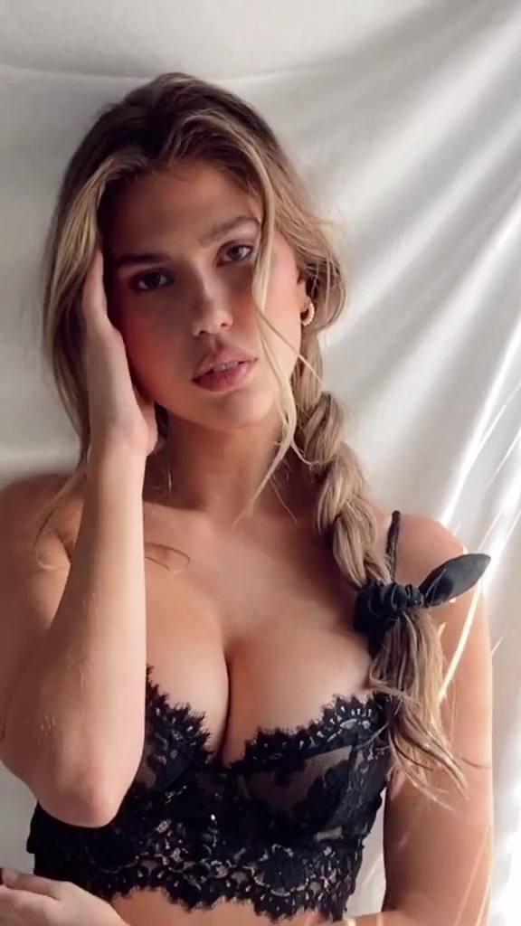 Kara Del Toro – Fantastic Boobs In Black Lingerie Video 0005