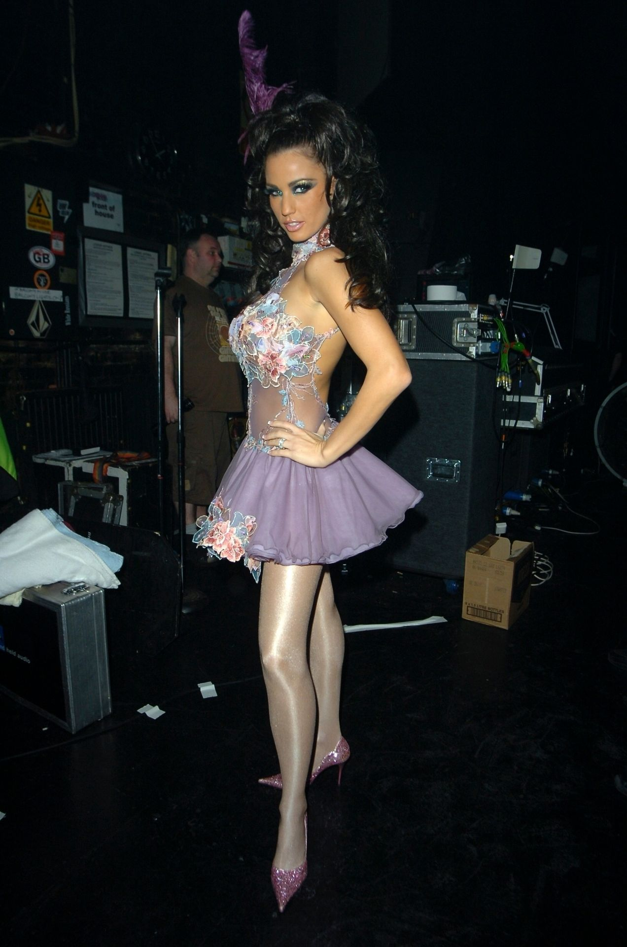 Katie Price & Peter Andre Perform At Gay Astoria In London 0002