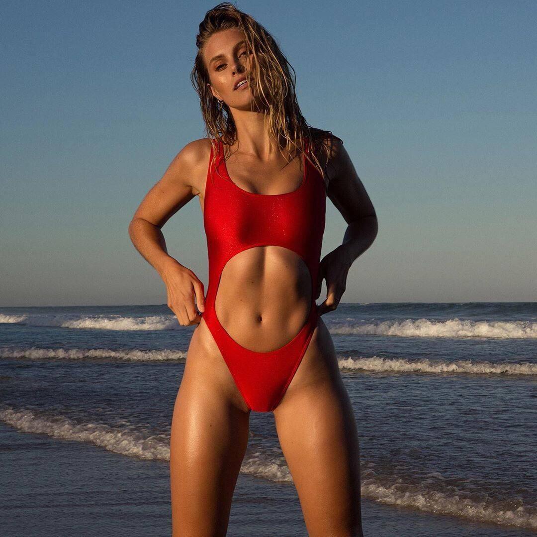 Natalie Jayne Roser – Hot Toned Body In Sexy Swimwear Photoshoot By Neil Dixon 0011