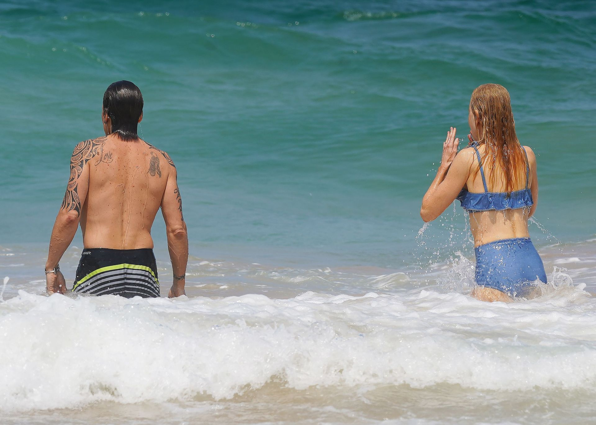 Nicole Kidman Hits The Beach While In Sydney With Her Family 0011
