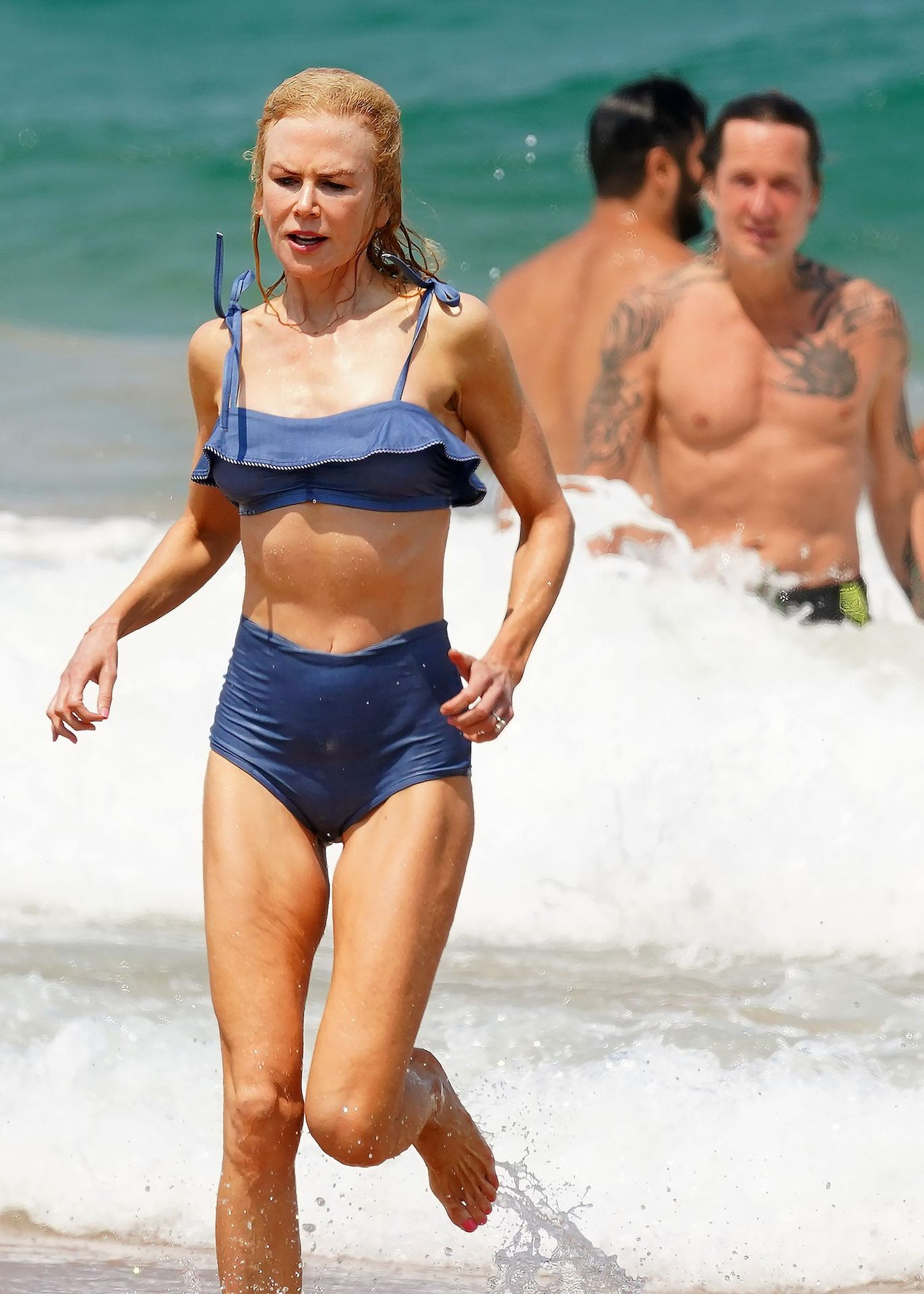 Nicole Kidman Hits The Beach While In Sydney With Her Family 0026