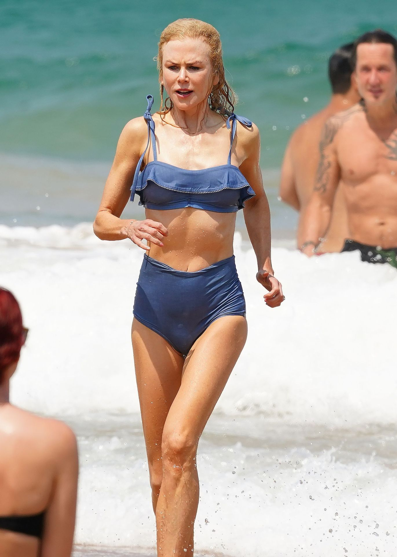 Nicole Kidman Hits The Beach While In Sydney With Her Family 0029