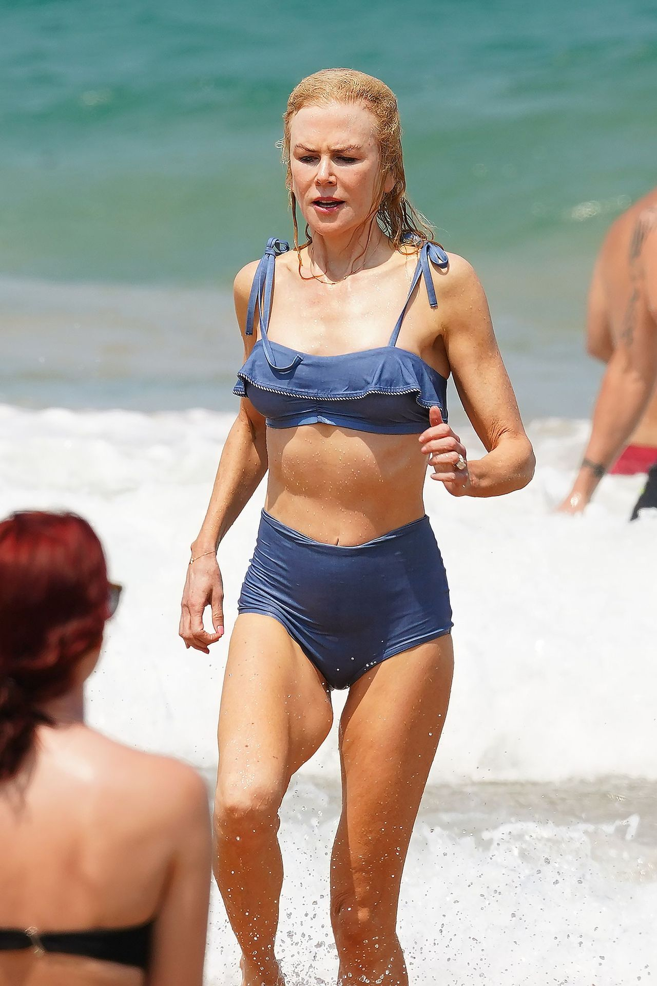 Nicole Kidman Hits The Beach While In Sydney With Her Family 0031