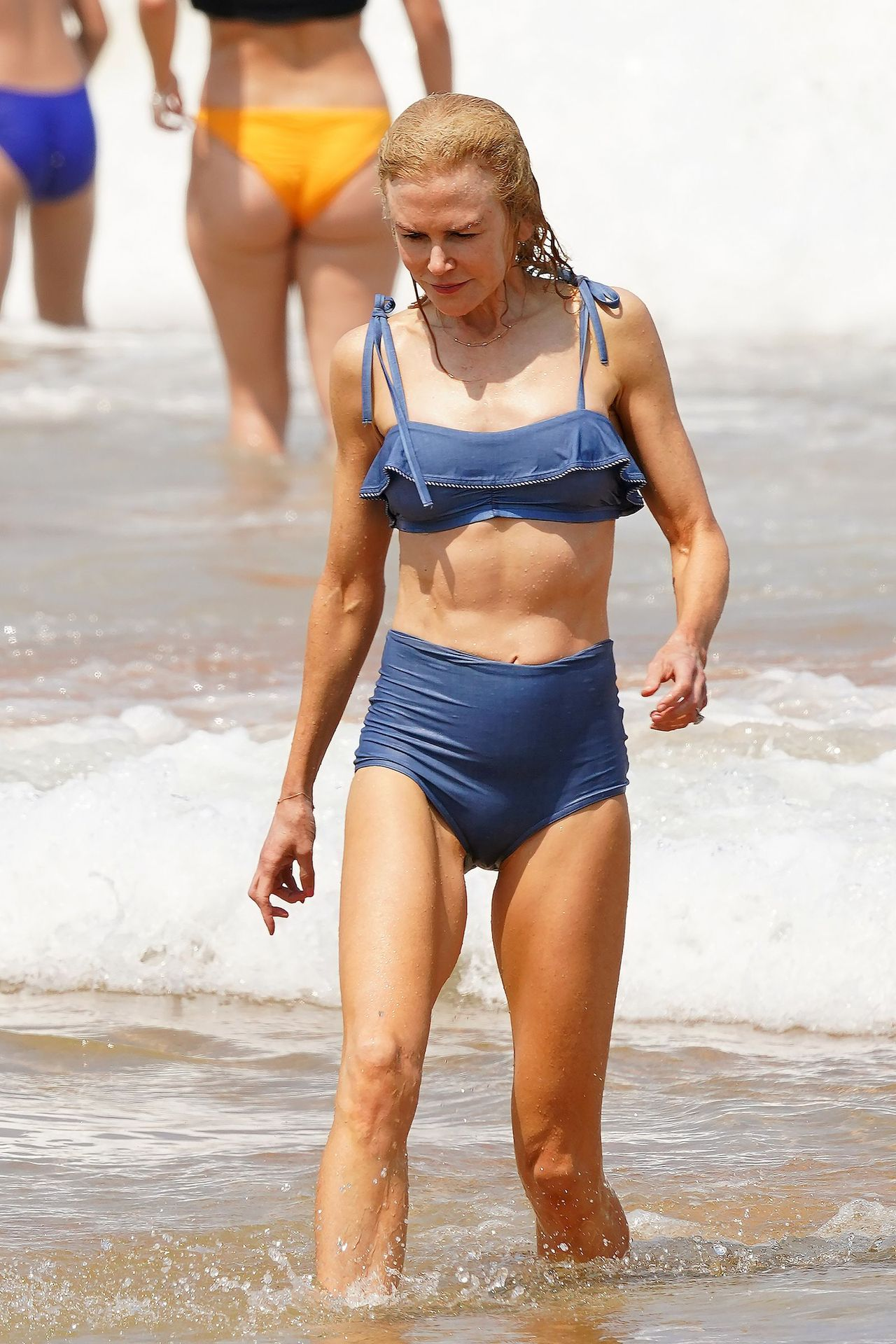 Nicole Kidman Hits The Beach While In Sydney With Her Family 0033