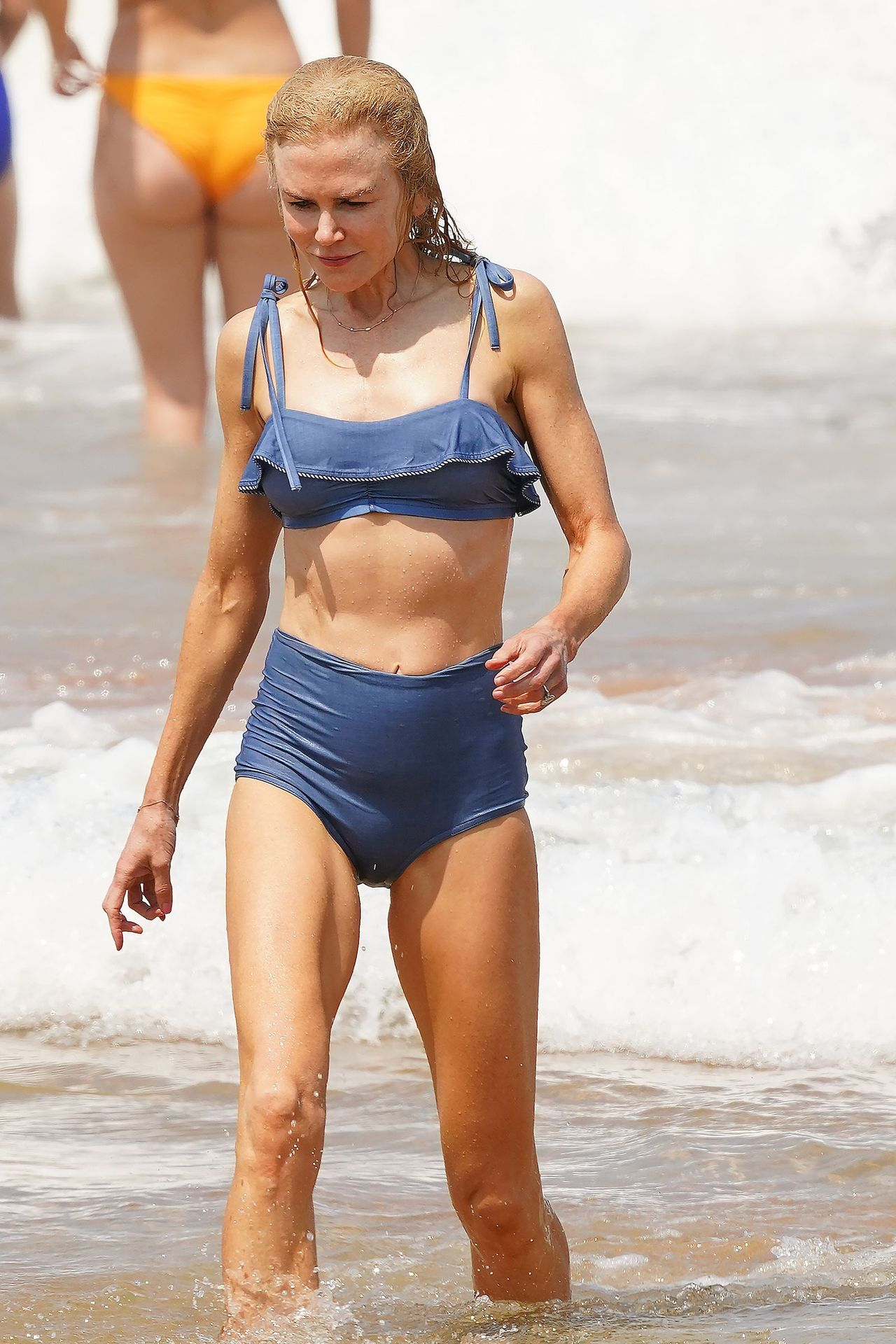 Nicole Kidman Hits The Beach While In Sydney With Her Family 0034