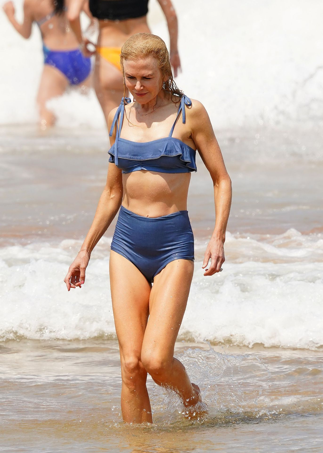 Nicole Kidman Hits The Beach While In Sydney With Her Family 0035