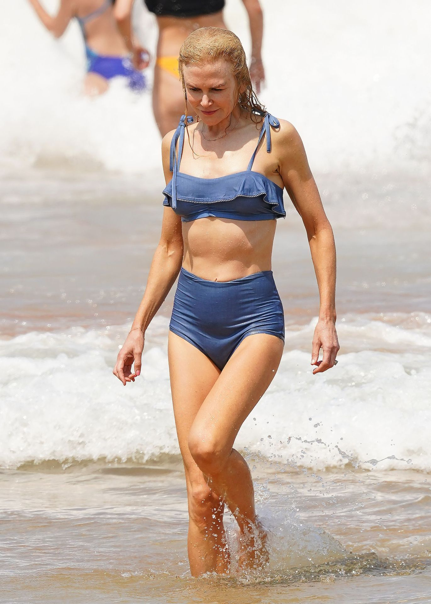 Nicole Kidman Hits The Beach While In Sydney With Her Family 0036