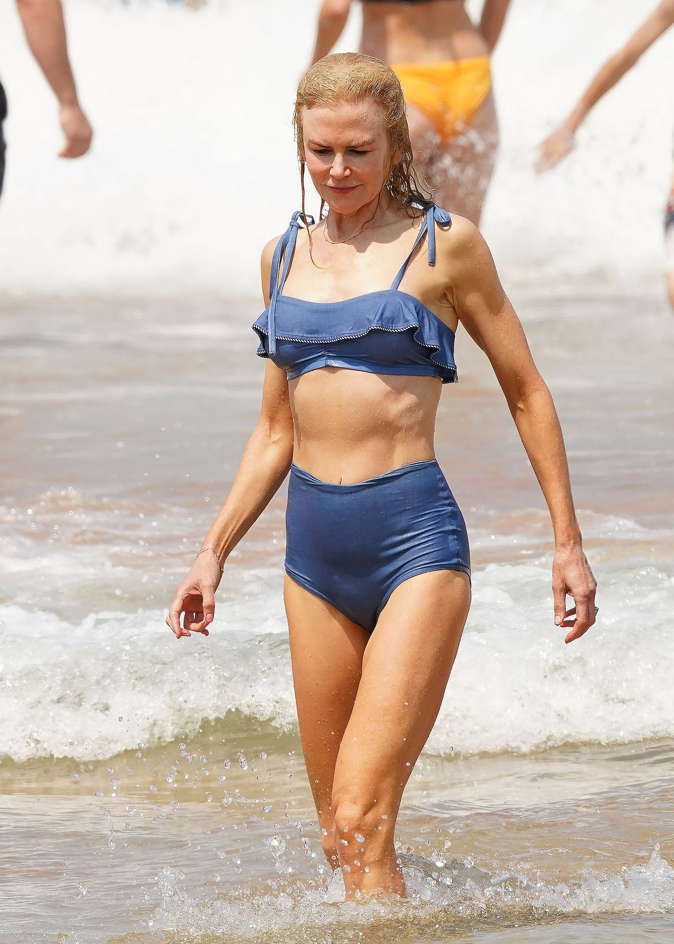 Nicole Kidman Hits The Beach While In Sydney With Her Family 0039