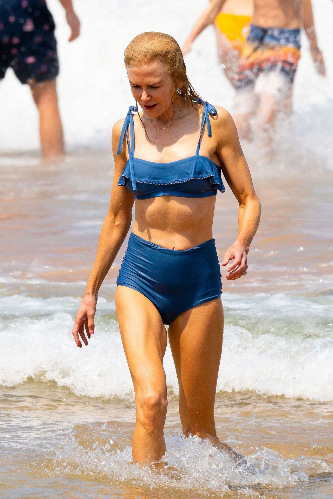 Nicole Kidman Hits The Beach While In Sydney With Her Family 0041