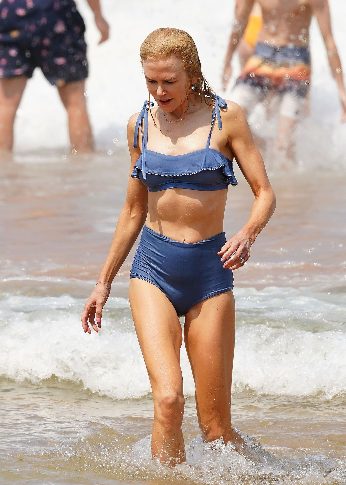 Nicole Kidman Hits The Beach While In Sydney With Her Family 0042