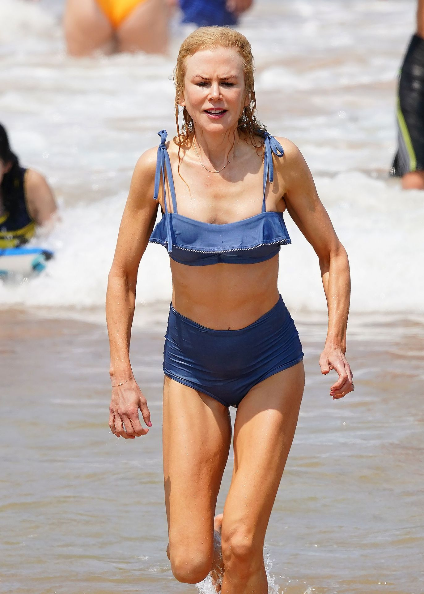 Nicole Kidman Hits The Beach While In Sydney With Her Family 0068