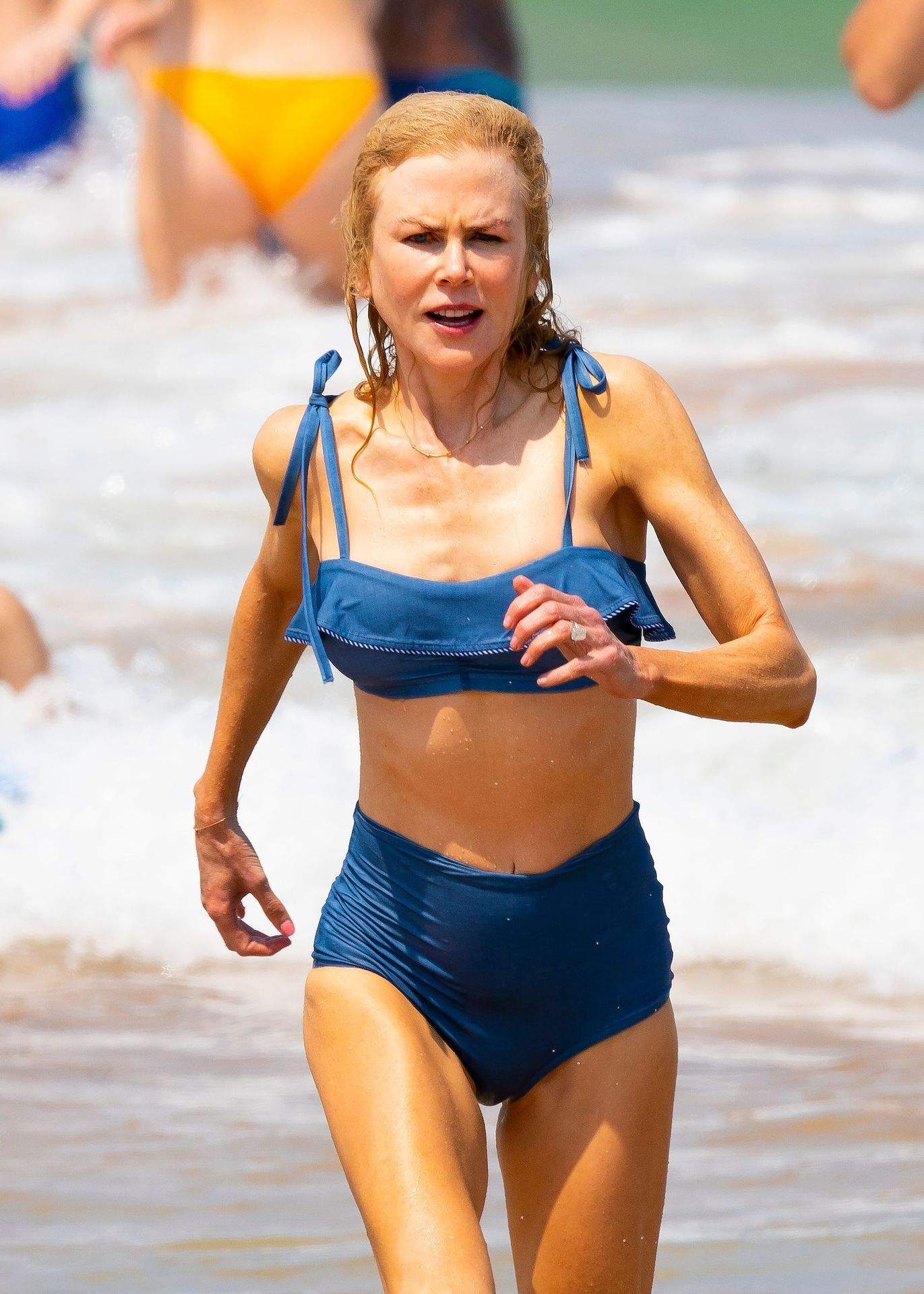 Nicole Kidman Hits The Beach While In Sydney With Her Family 0072