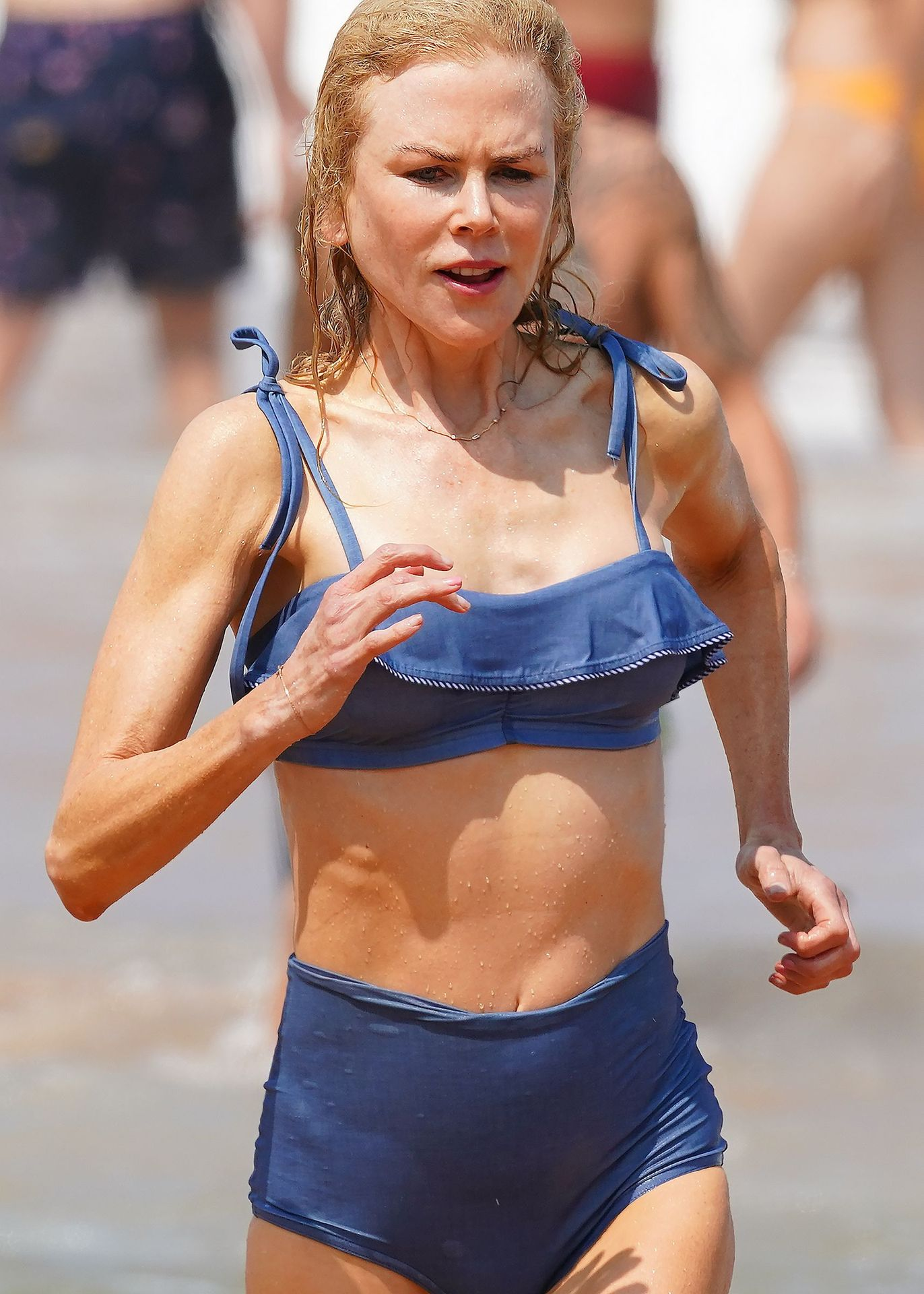 Nicole Kidman Hits The Beach While In Sydney With Her Family 0076