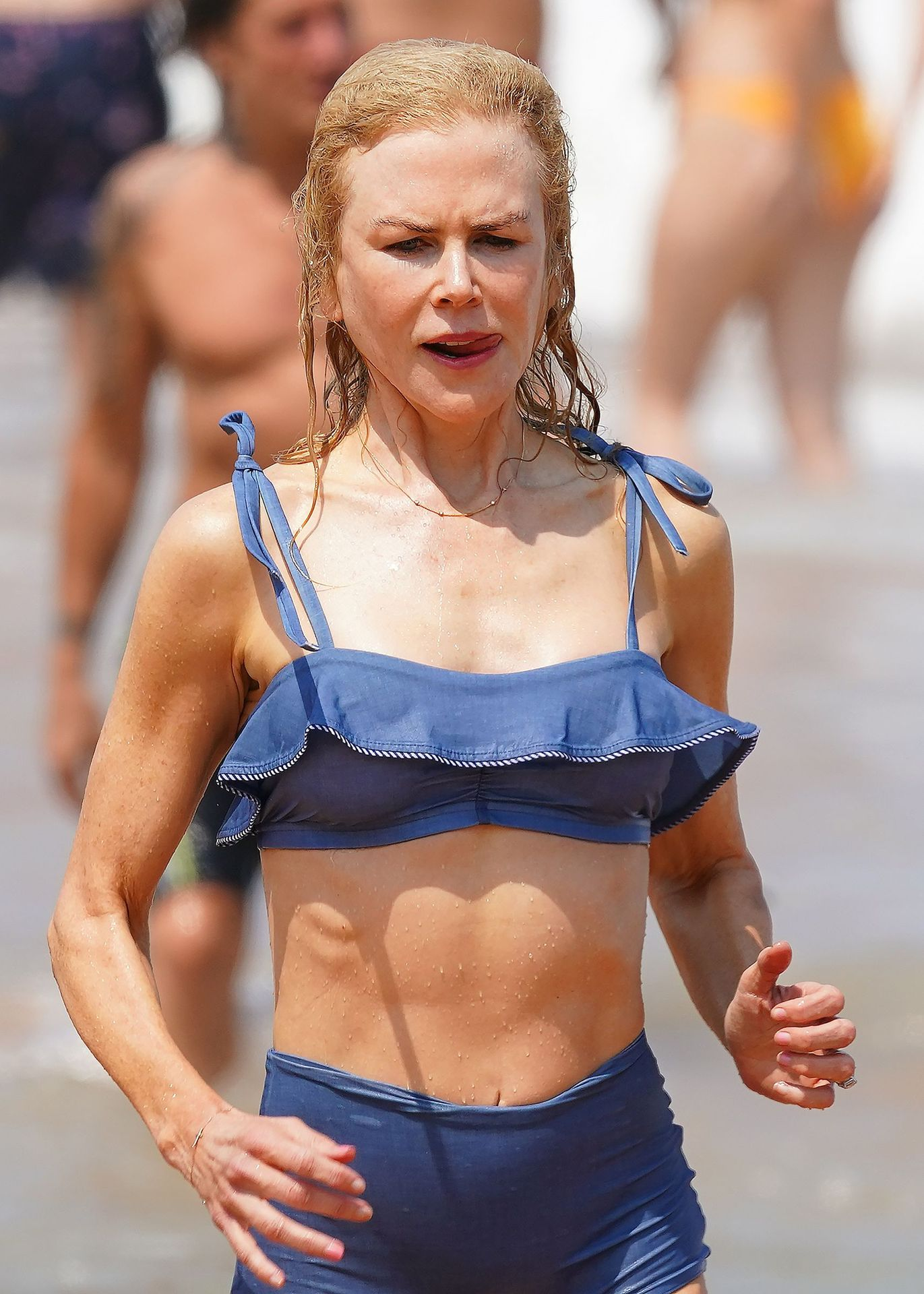 Nicole Kidman Hits The Beach While In Sydney With Her Family 0078