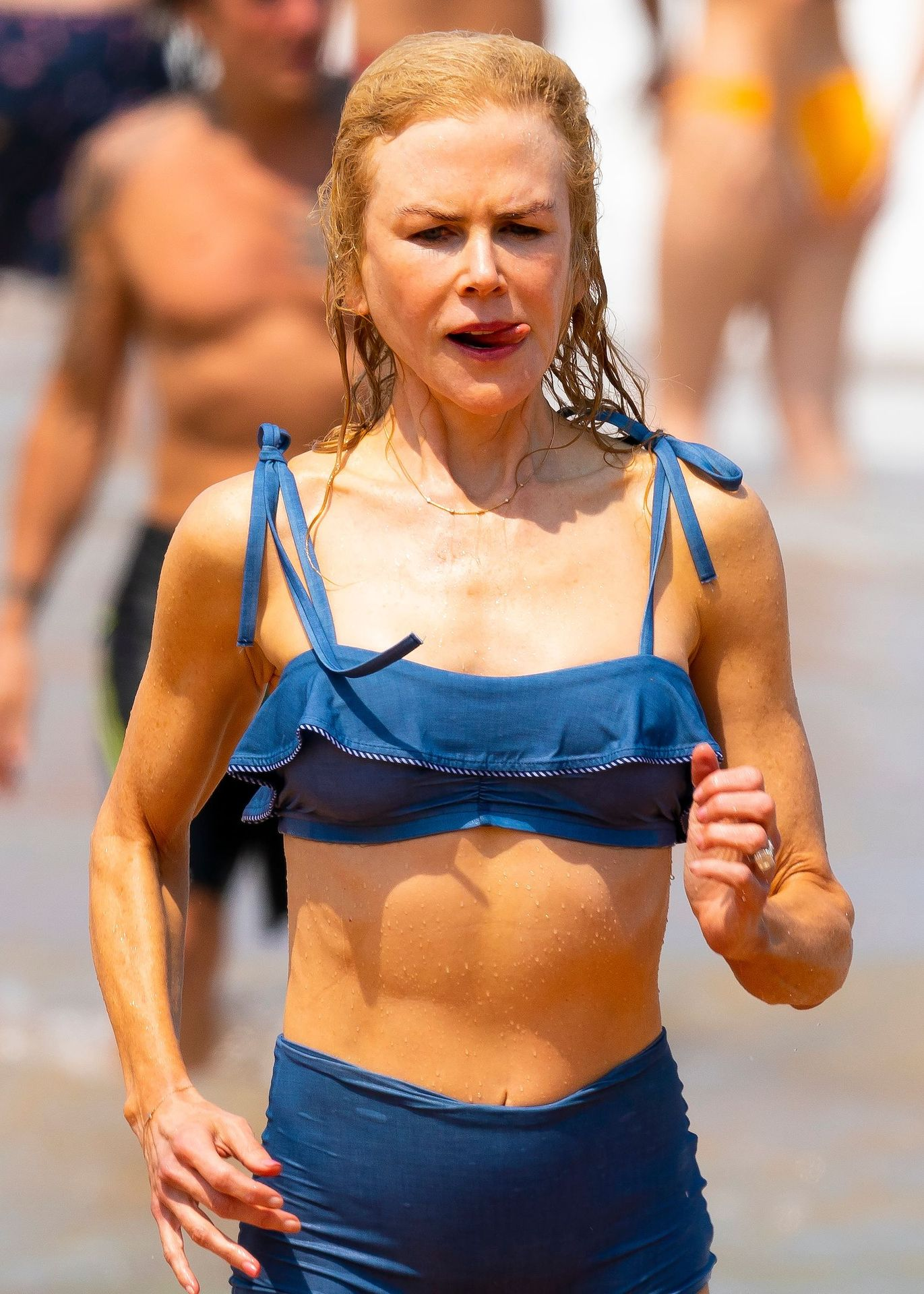 Nicole Kidman Hits The Beach While In Sydney With Her Family 0080