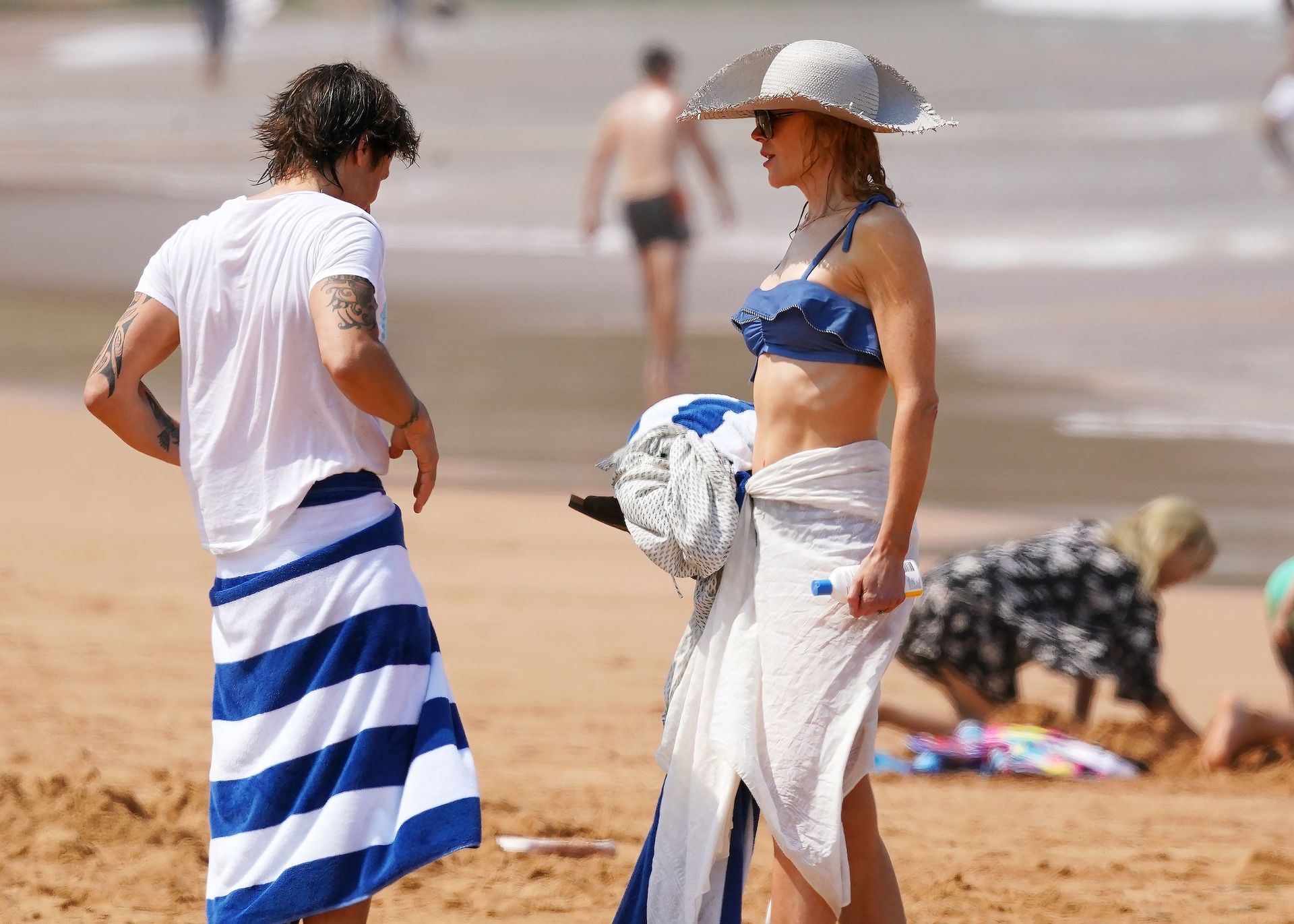 Nicole Kidman Hits The Beach While In Sydney With Her Family 0089