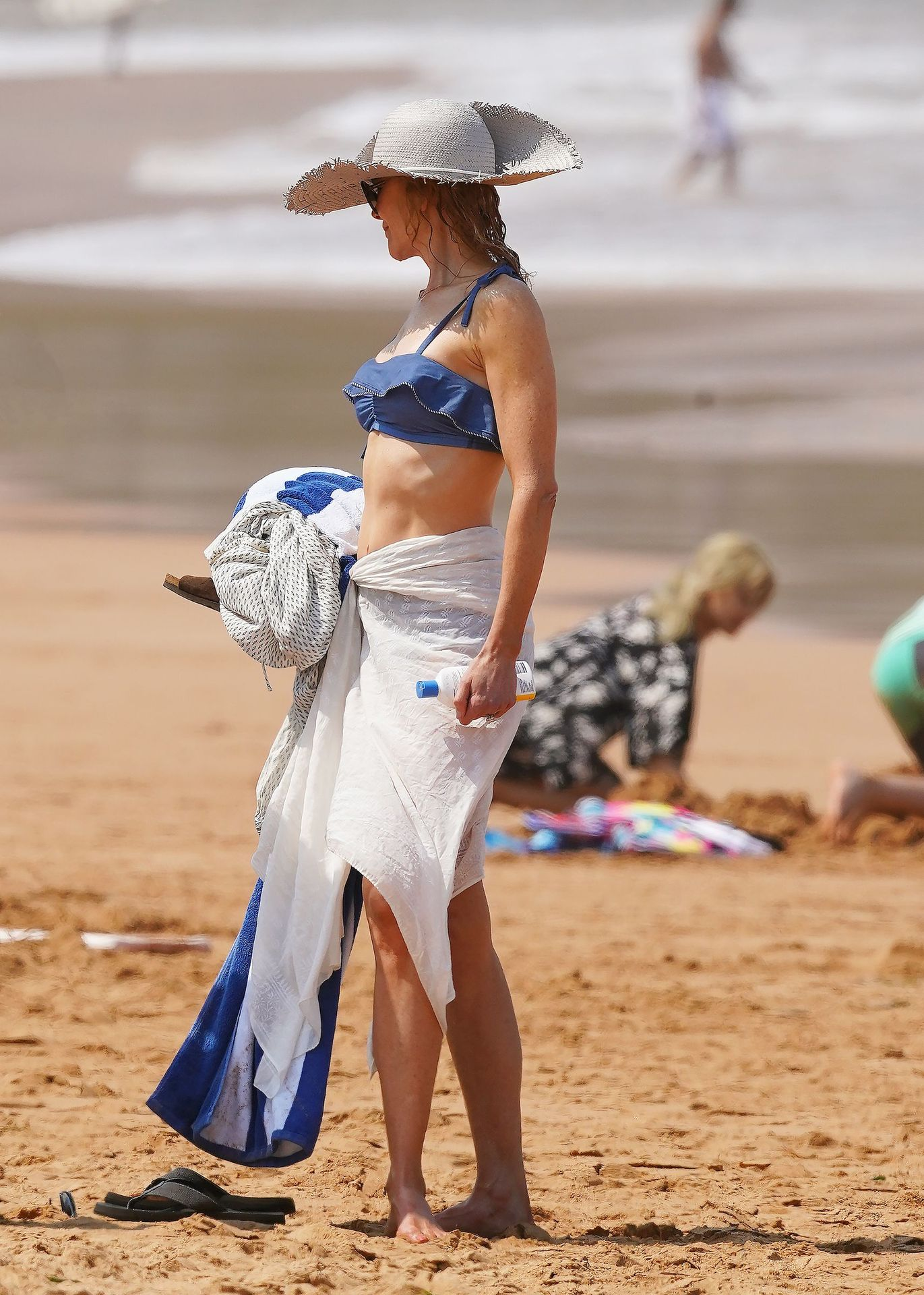 Nicole Kidman Hits The Beach While In Sydney With Her Family 0090