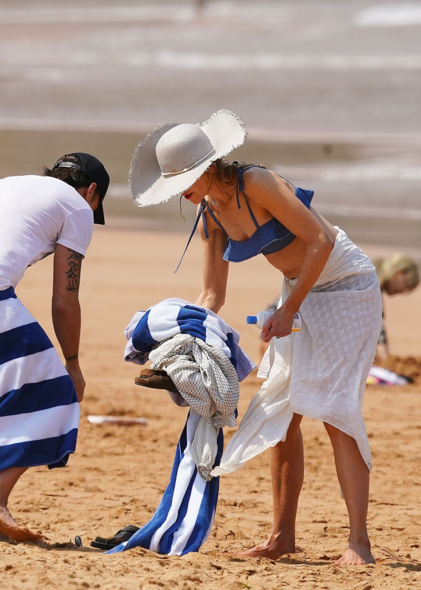 Nicole Kidman Hits The Beach While In Sydney With Her Family 0092