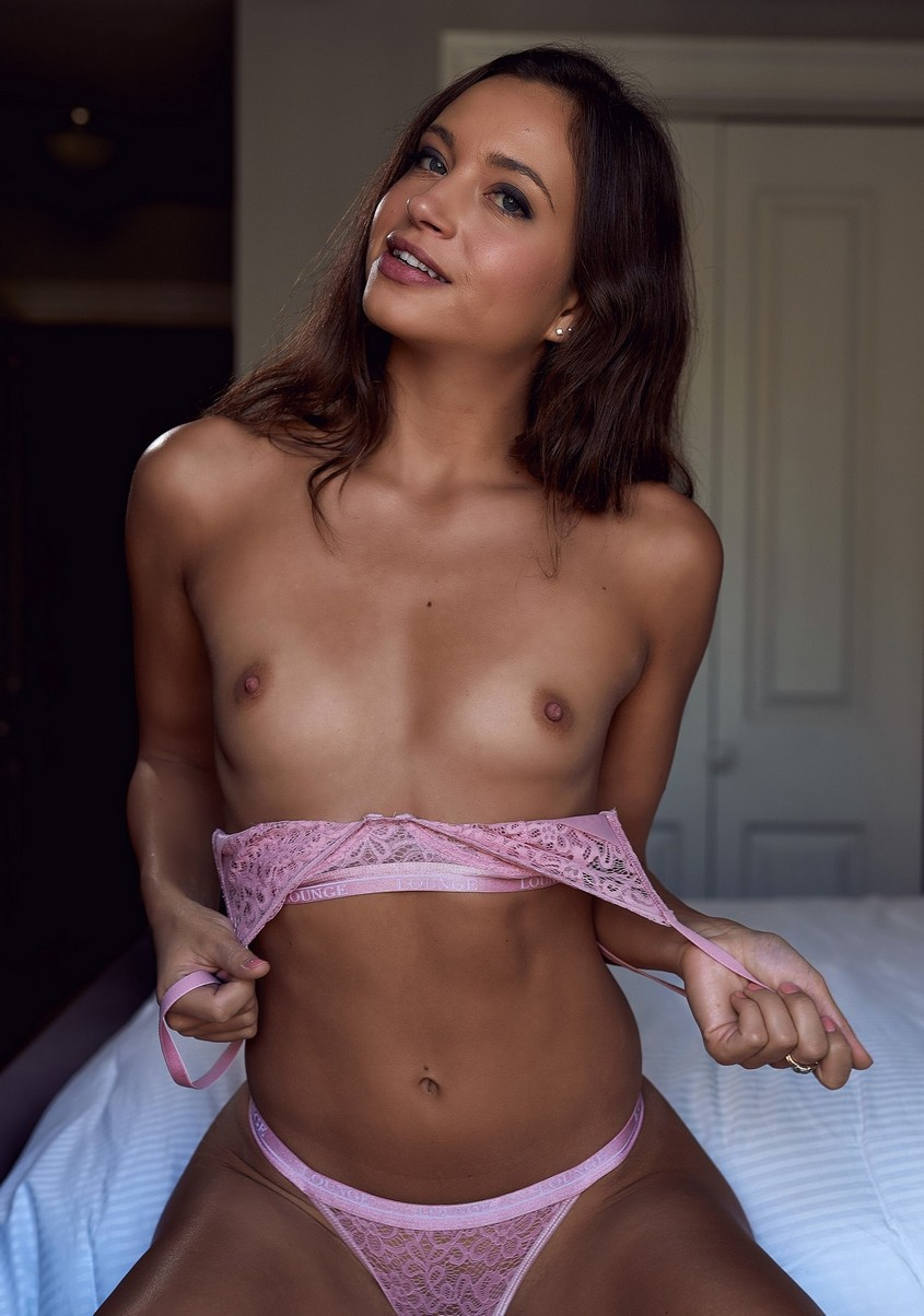 Sofia Jolie Nude 0030