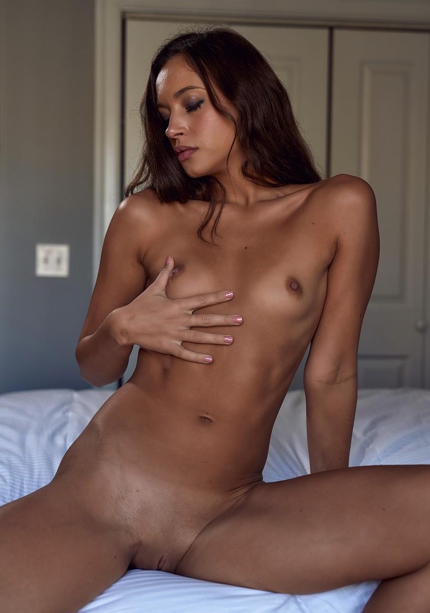 Sofia Jolie Nude 0061
