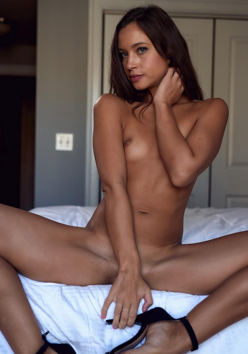 Sofia Jolie Nude 0062