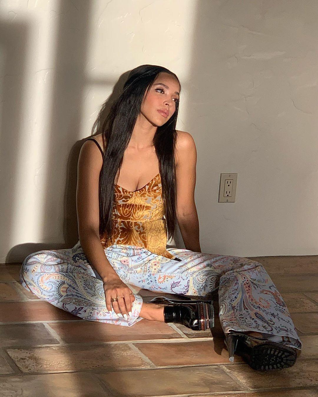 Tinashe Sexy 0015