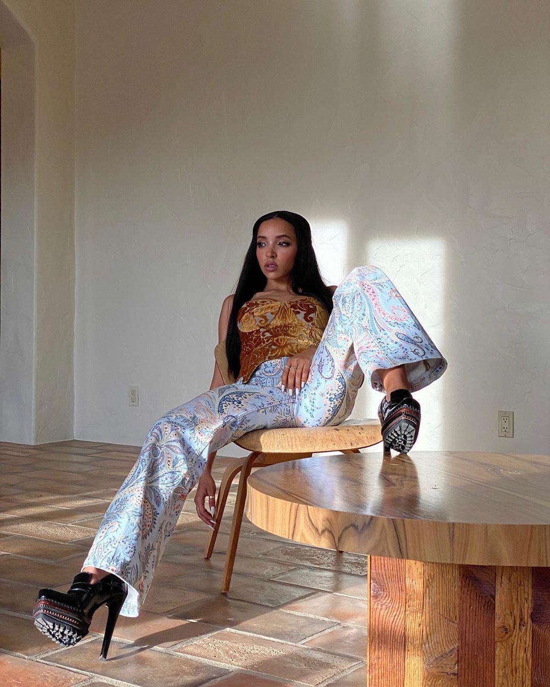 Tinashe Sexy 0016