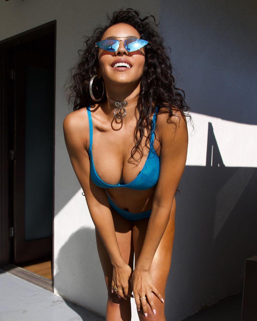 Tinashe Sexy 0054